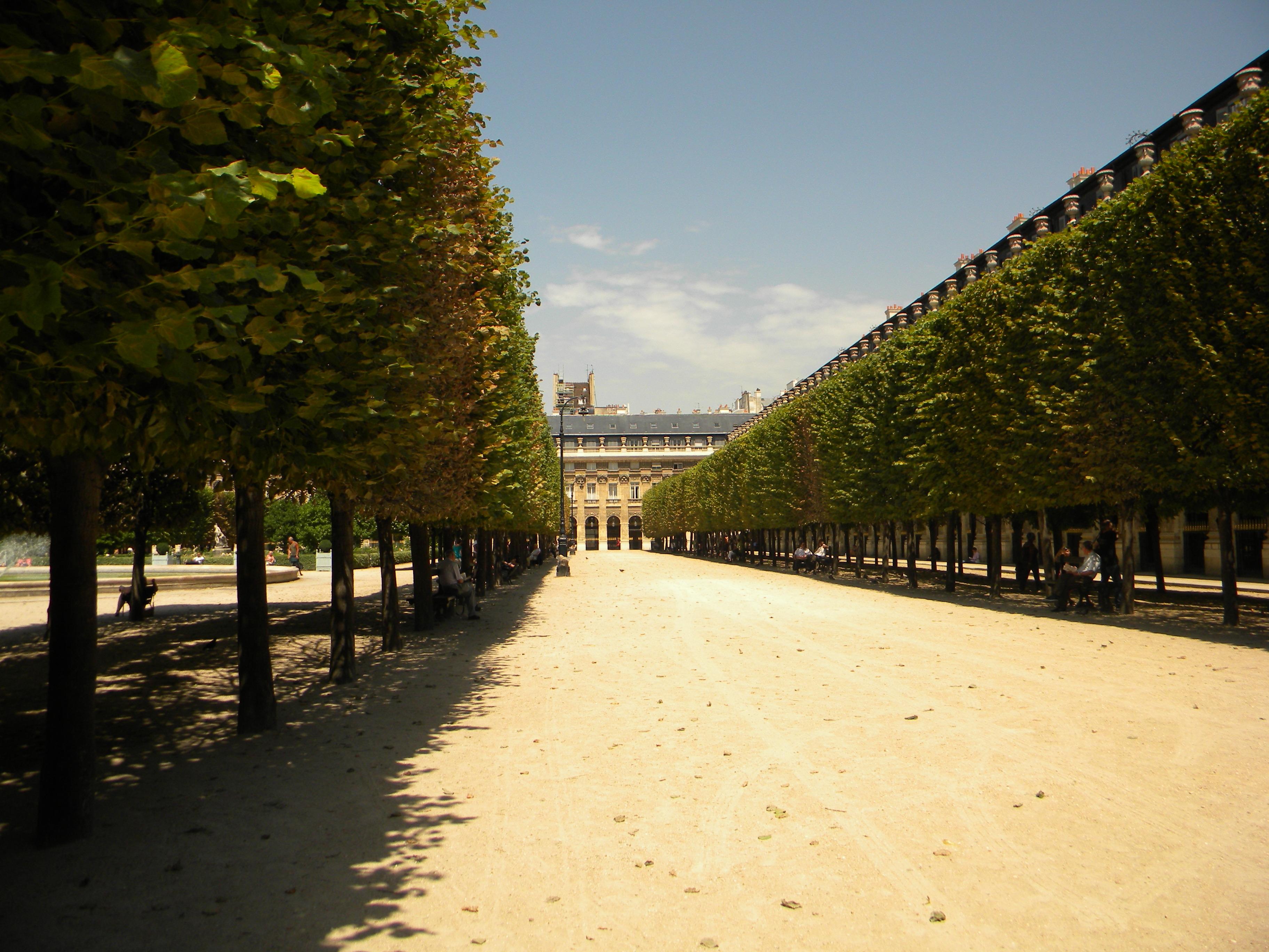 File Jardin Du Palais Royal Paris 2 Jpg Wikimedia Commons