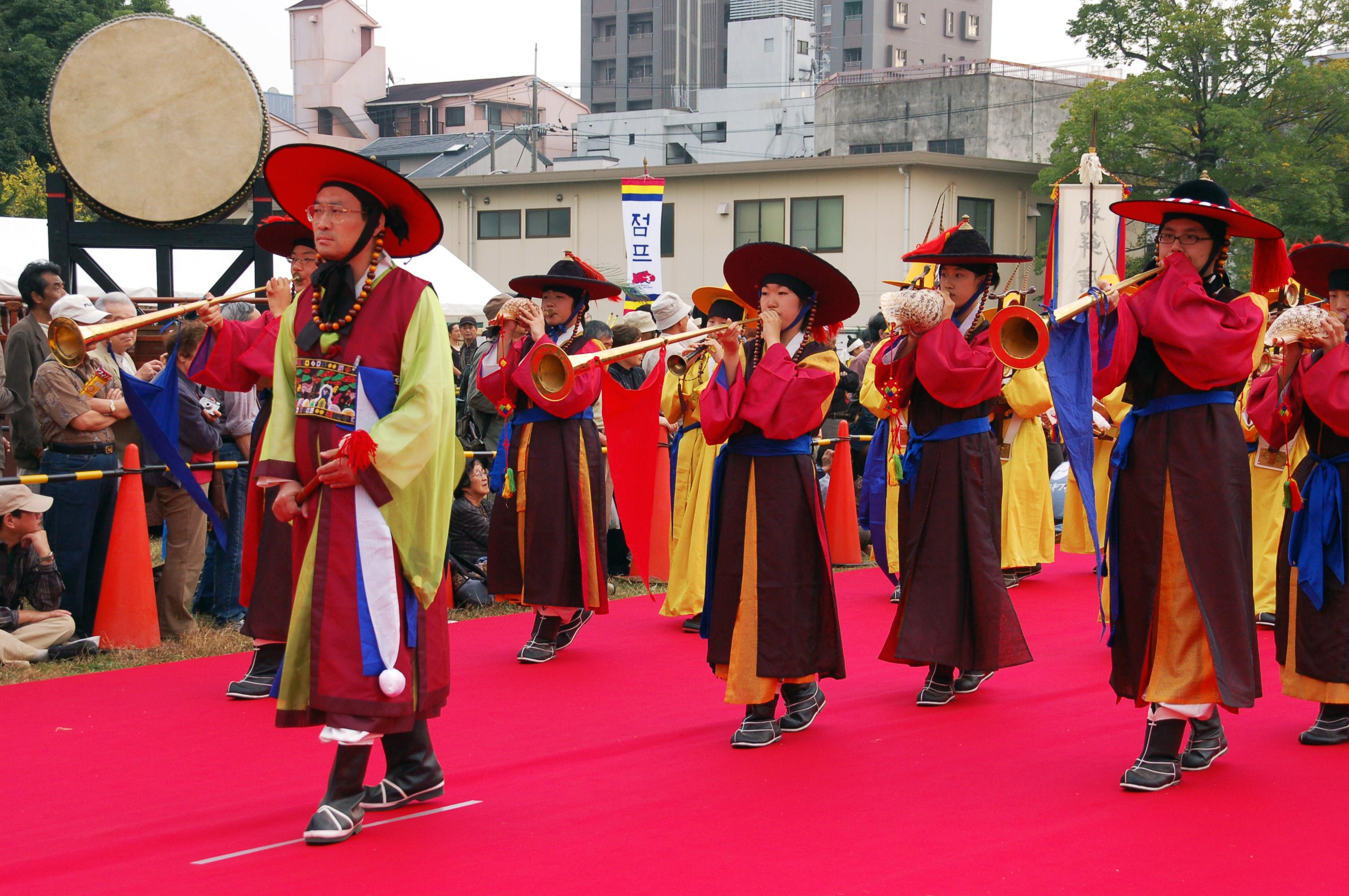 Korean Music-Parade-01 jpgKorean Culture And Traditions