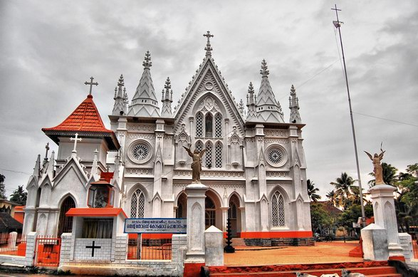 File:Kottakkavu st thomas church kerala.jpg
