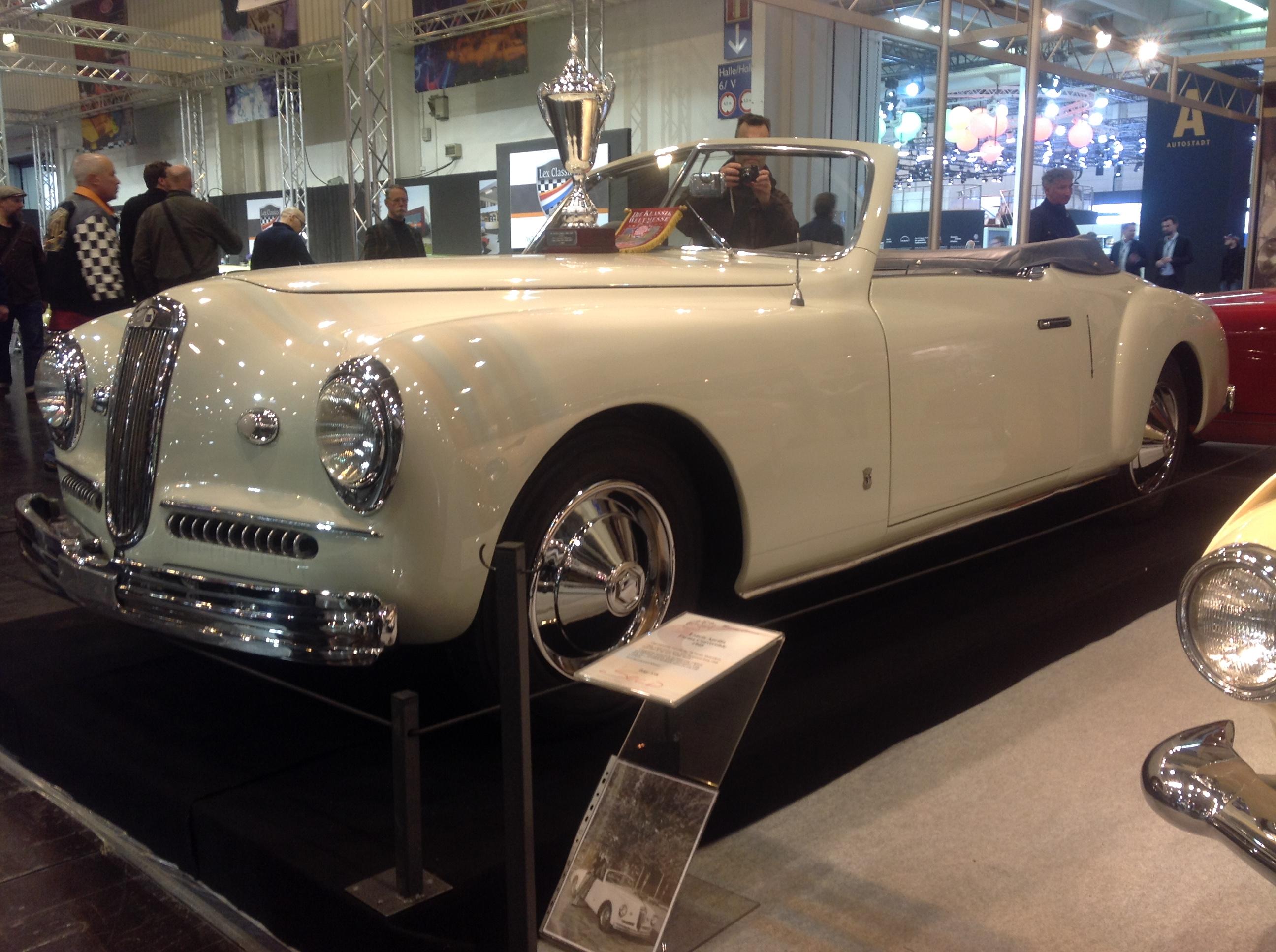 File:Lancia Aprilia Farina Convertible (1948) (26503096435).jpg ...