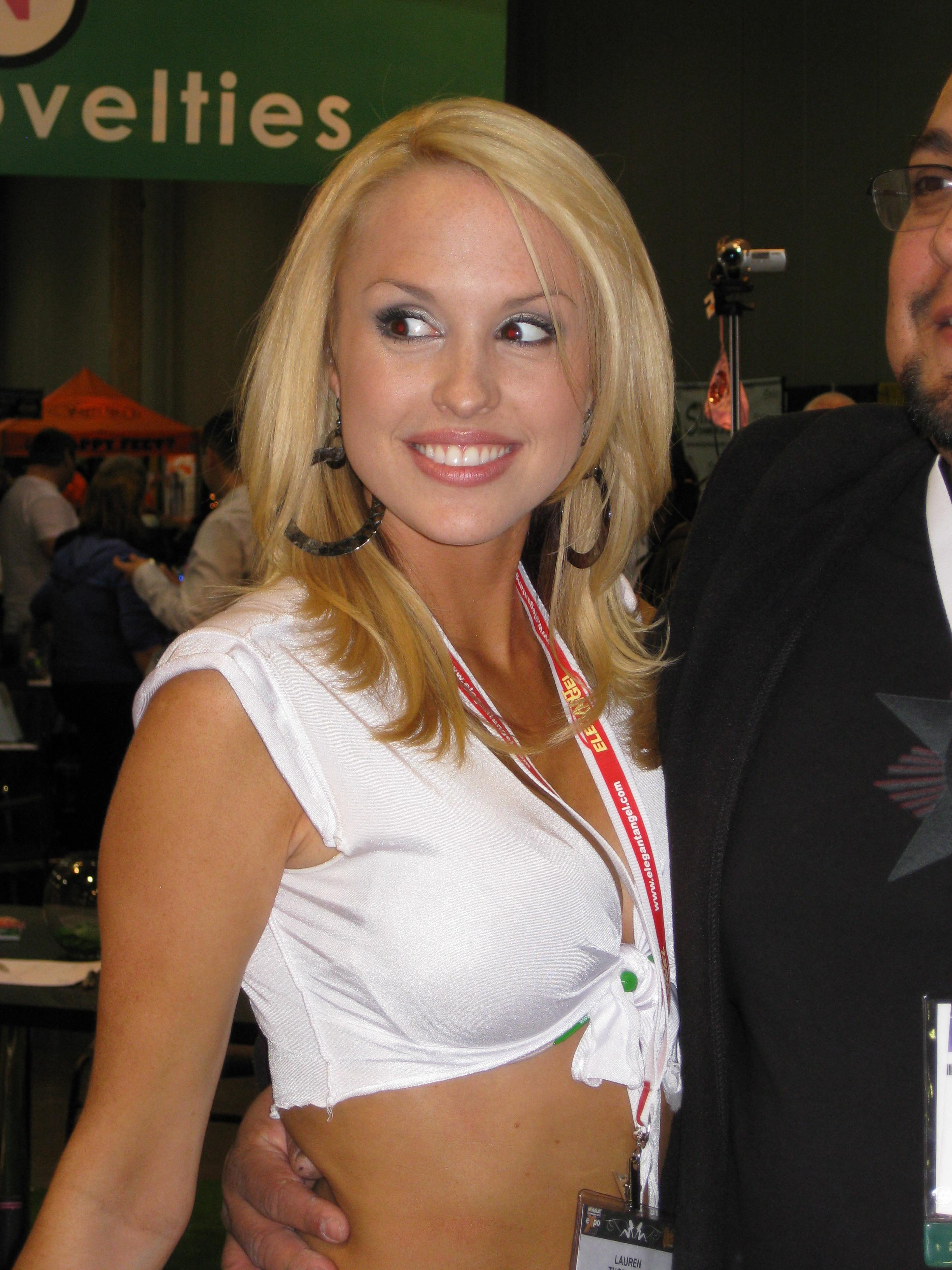 Lauren Brooke Net Worth