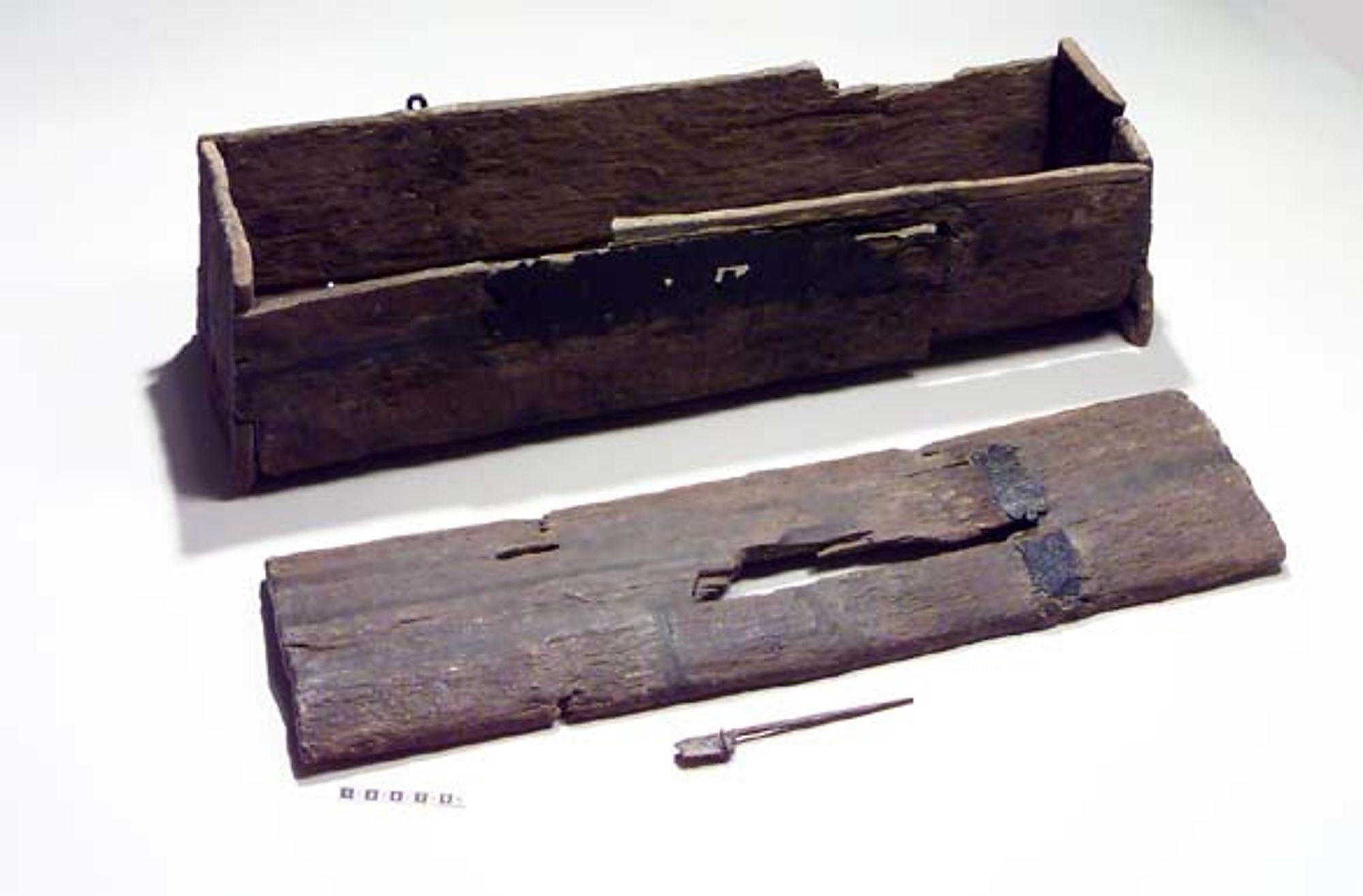 Kanon Kista (möbel) – Wikipedia LC-19
