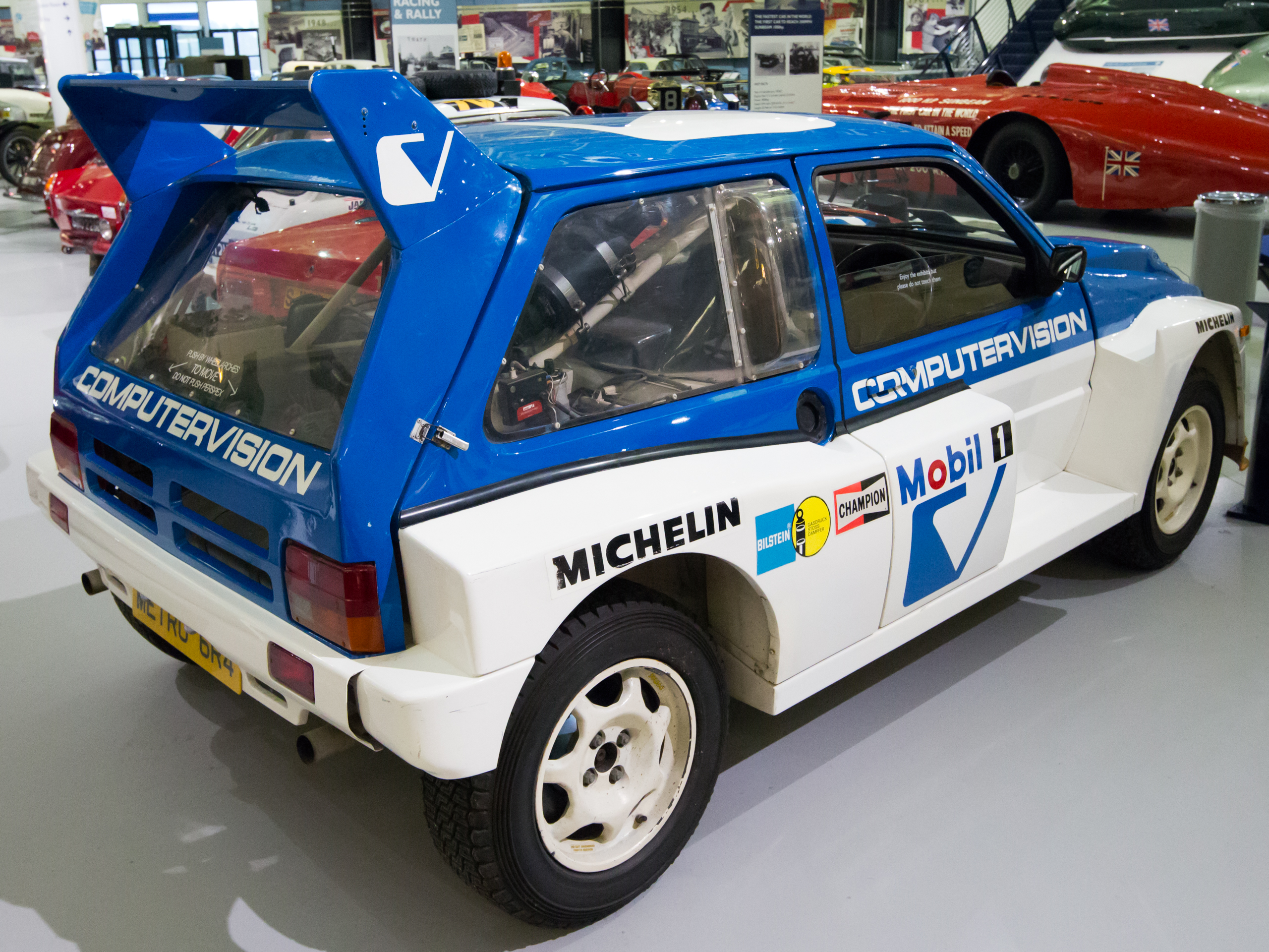 http://upload.wikimedia.org/wikipedia/commons/3/39/MG_Metro_6R4_Clubman_rear-right_Heritage_Motor_Centre,_Gaydon.jpg