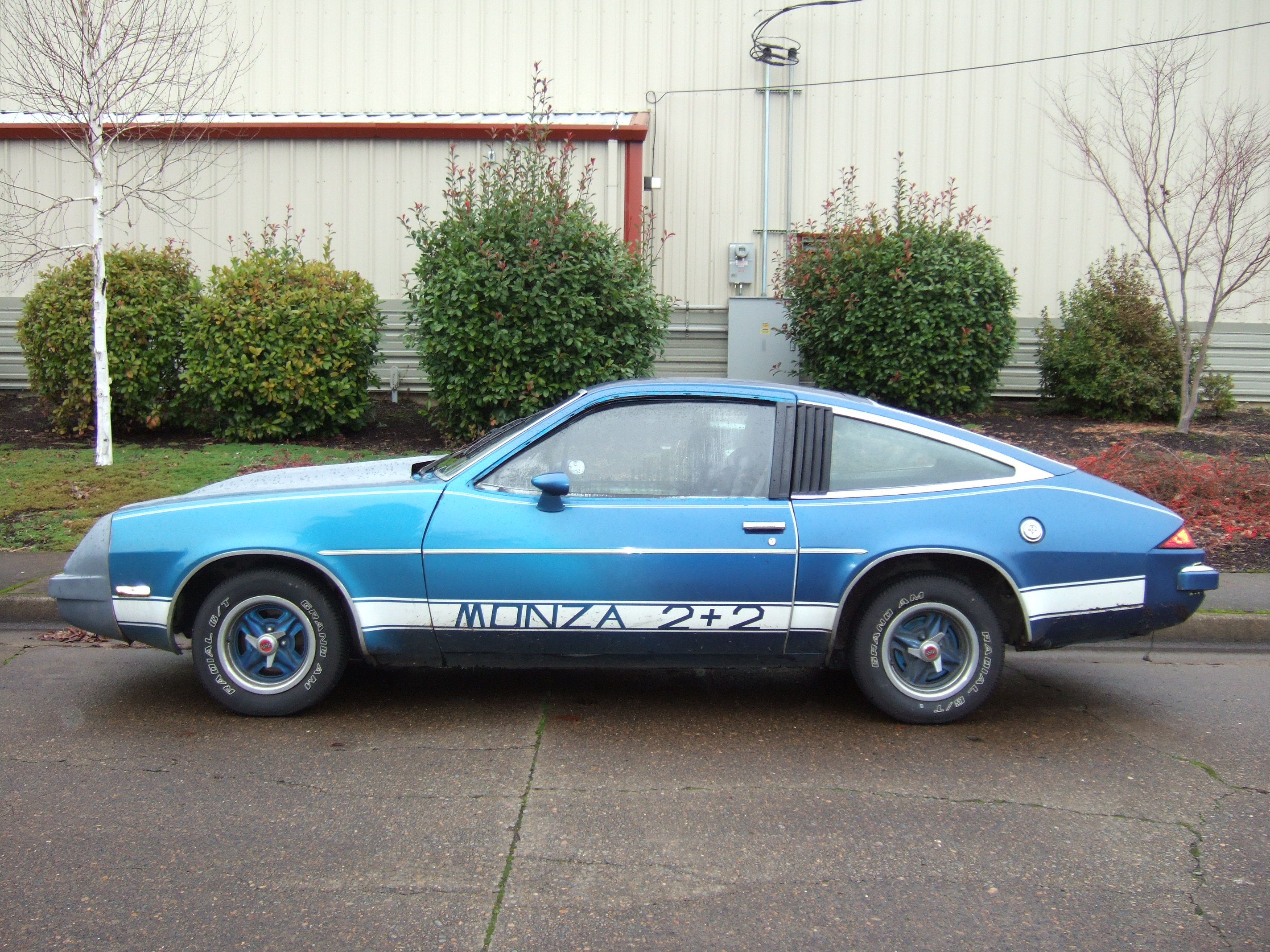 Monza gotta be the world's worst fuse box location 1980 Chevy Monza at panicattacktreatment.co