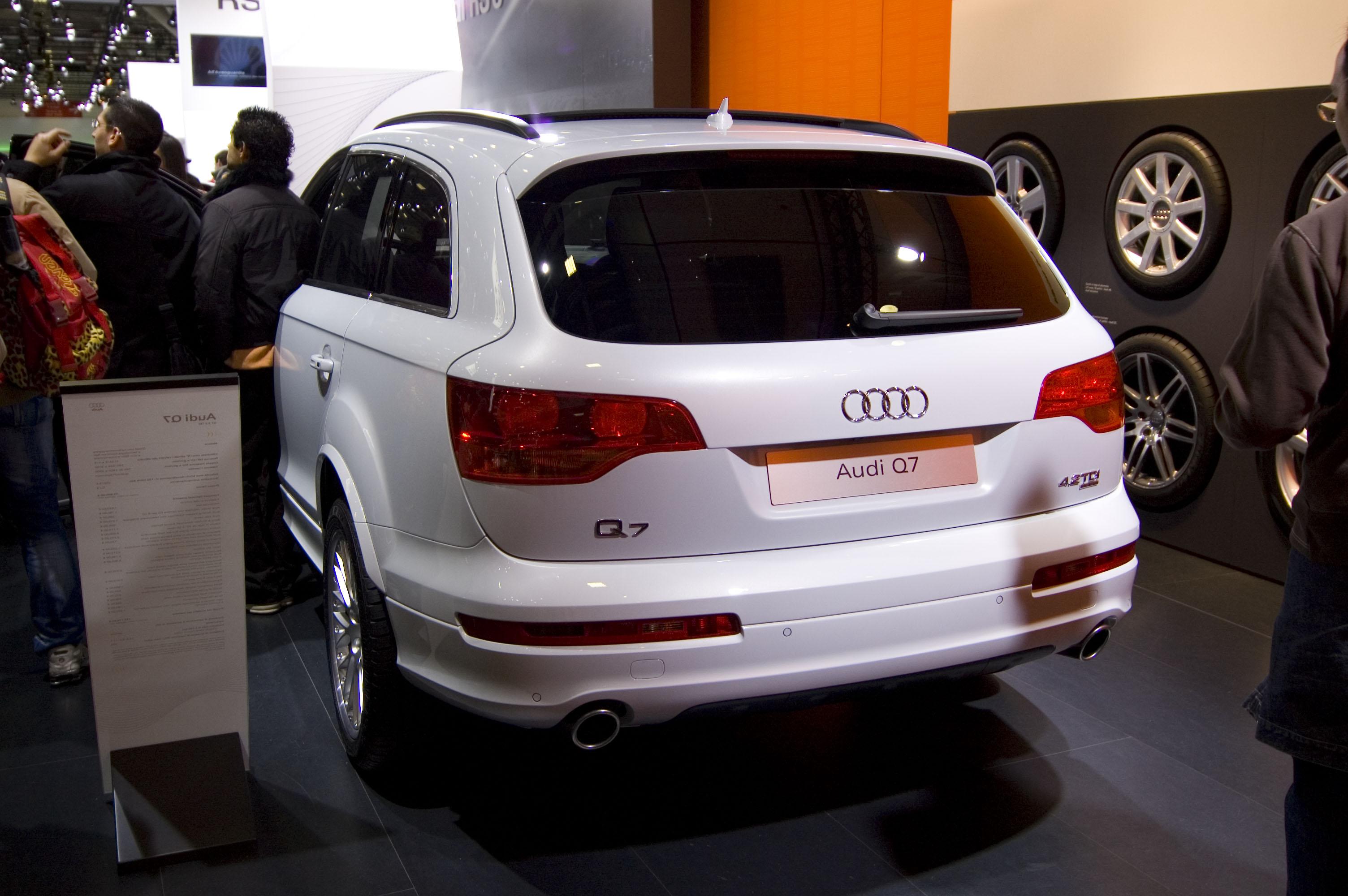 Kekurangan Audi Q7 2007 Perbandingan Harga
