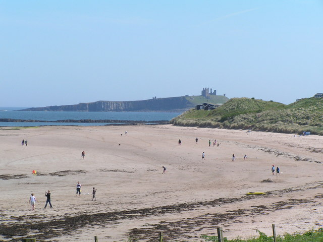 Newton Haven beach, Dunstanburgh Castle behind - geograph.org.uk - 189150