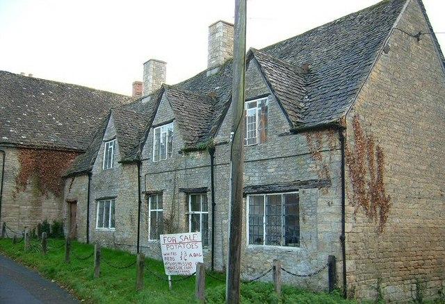 Old Cottage, Charlbury - geograph.org.uk - 1437389