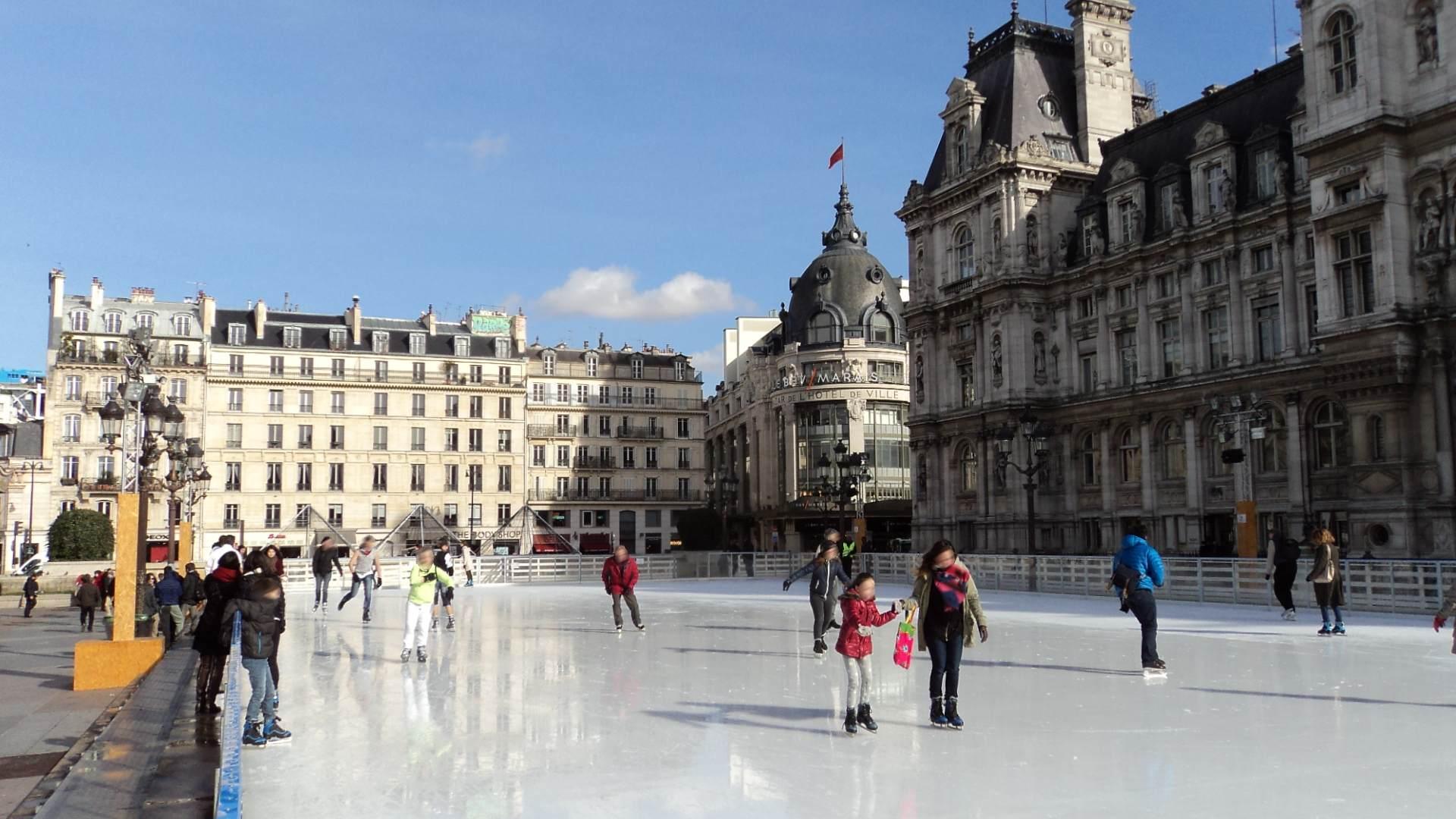 File patinoire de l 39 h tel de ville 2013 2014 2 jpg for Piscine patinoire