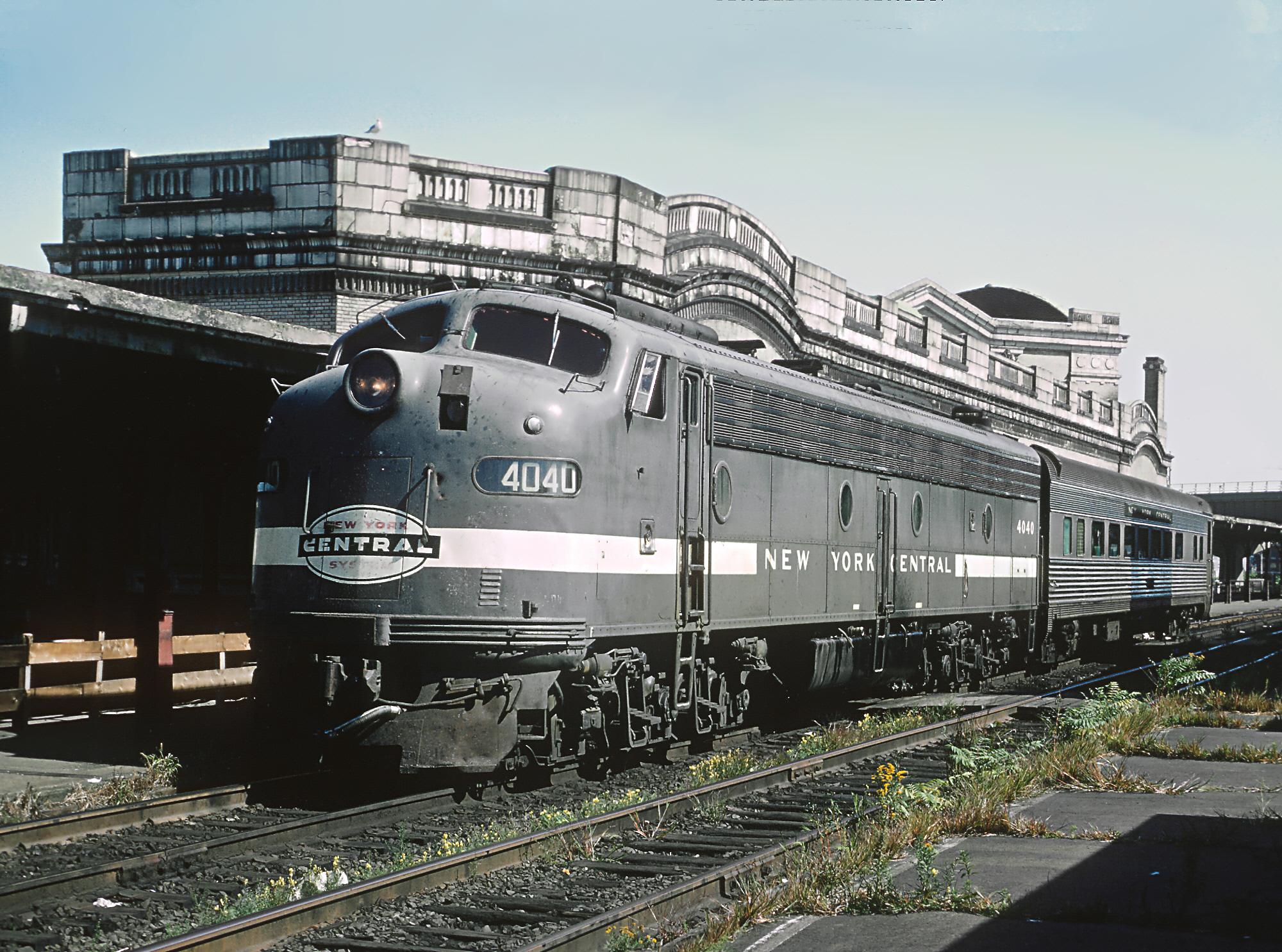 File Penn Central Train 405 At Worcester  September 1968