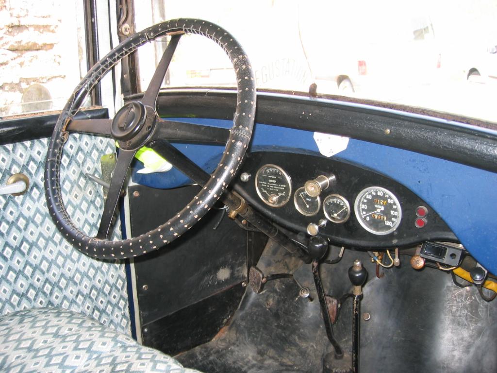 Peugeot_201_003.jpg