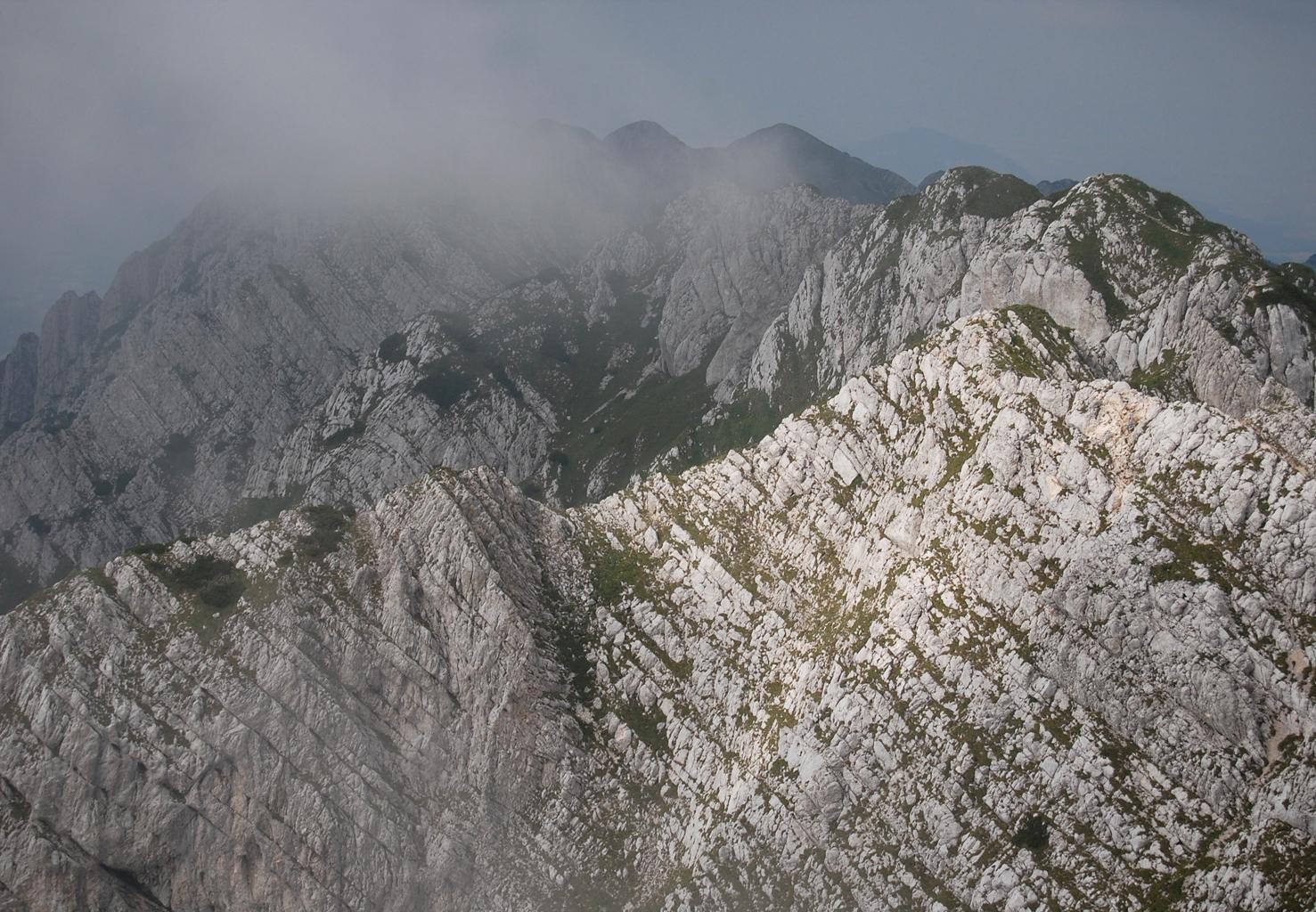 Piatra Craiului Mountains File:piatra Craiului Mountains