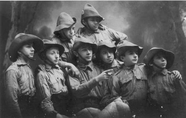 מקבוצות השומר הצעיר הראשונות, קראקוב