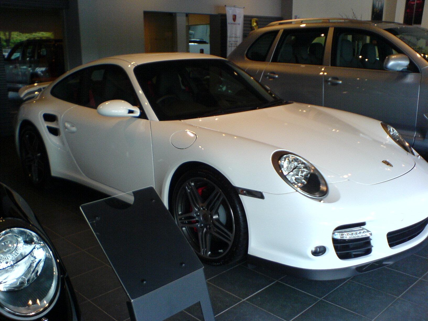File Porsche 997 Turbo White Jpg Wikimedia Commons