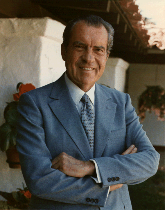 Richard Nixon 09 Jul 1972.png