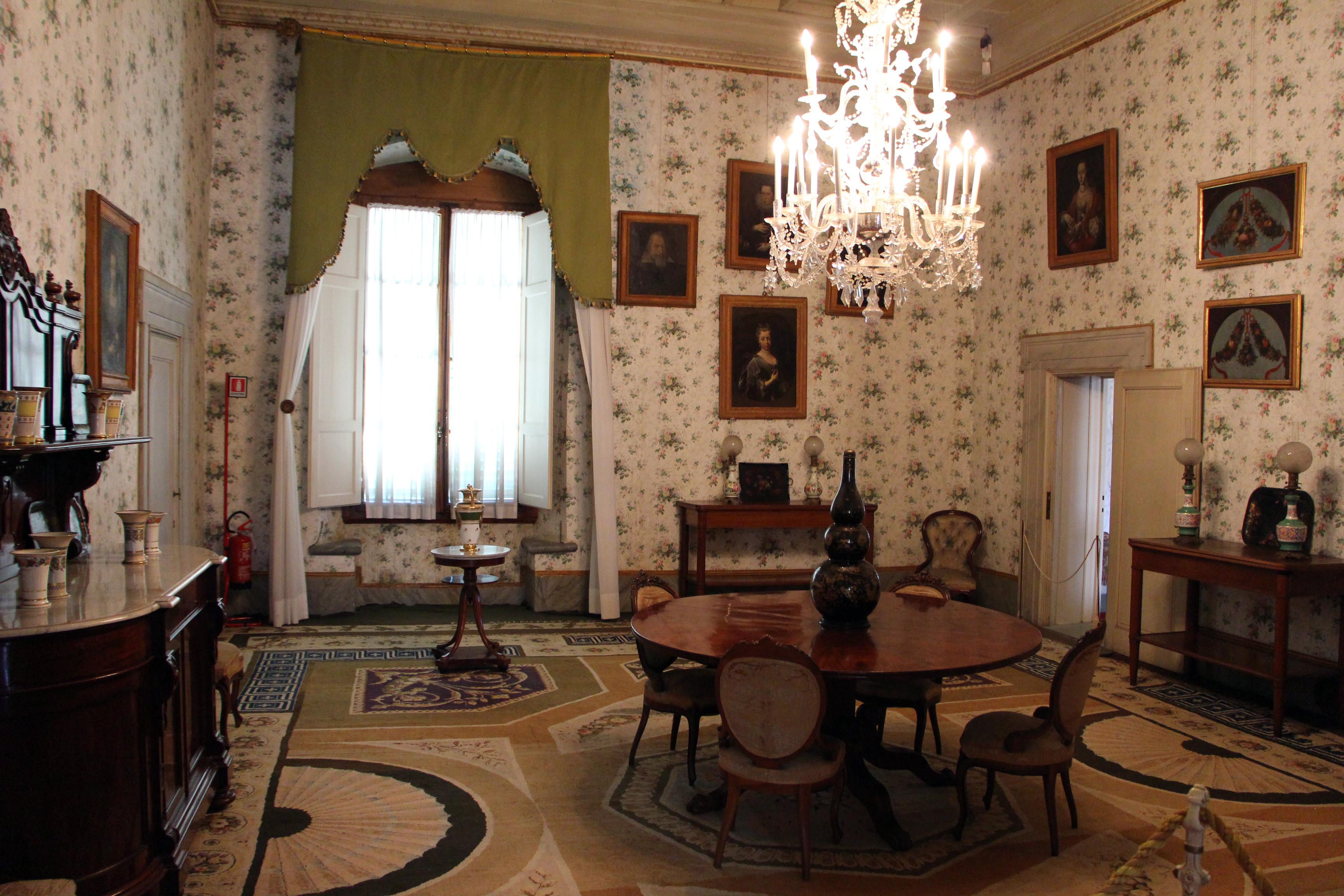 File:Sala da pranzo, la petraia 02.JPG - Wikimedia Commons