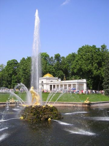 File:SamsonFountain Peterhof.jpg