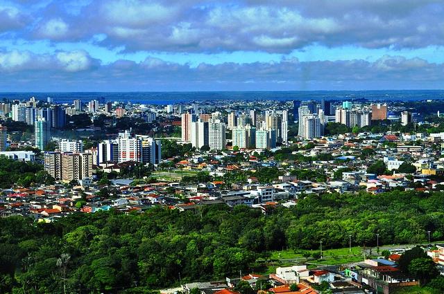 Vaizdas:Skyline Parcial de Manaus.jpg