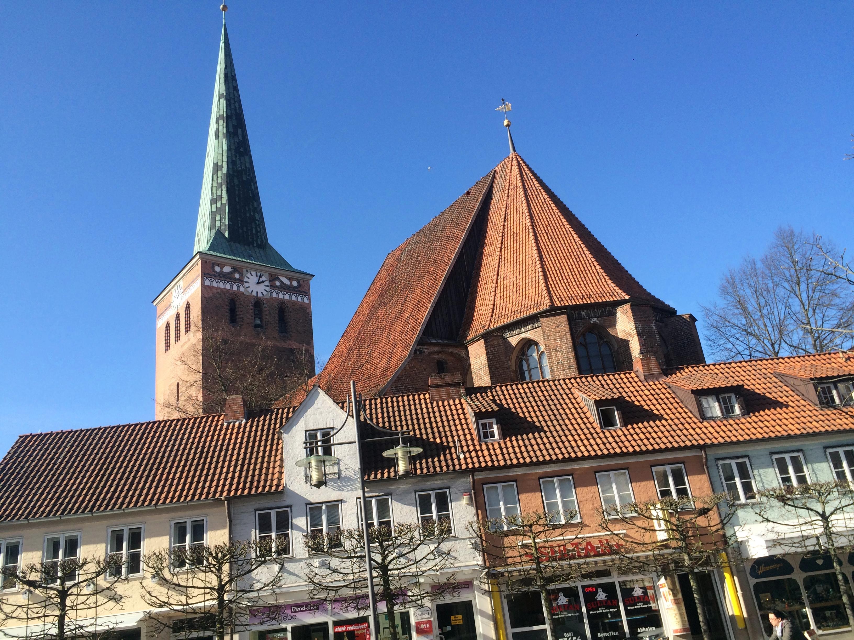 Datei:St.-Marien-Kirche Uelzen.JPG - Wikipedia