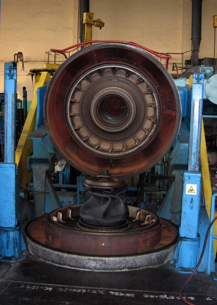 Automotive Tire Mold