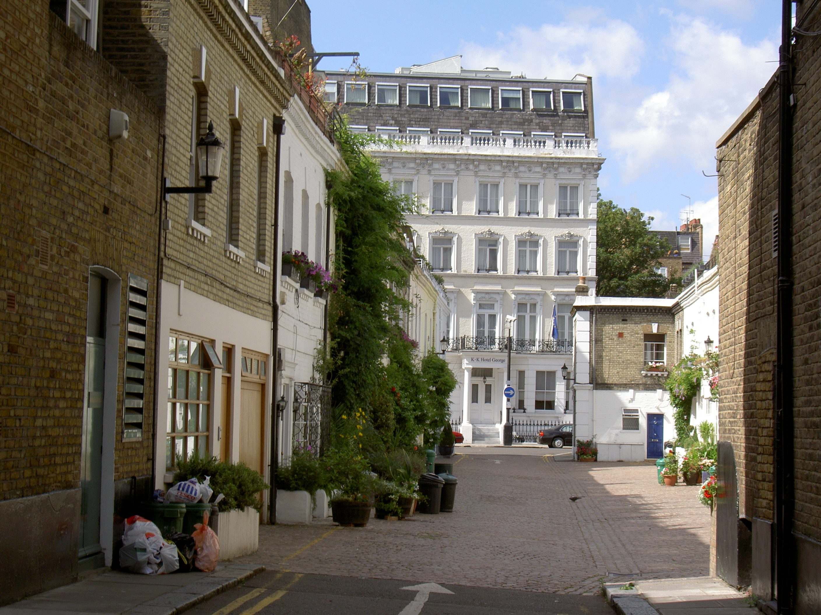 File:Typical Street In The Royal Borough Of Kensington And Chelsea ...