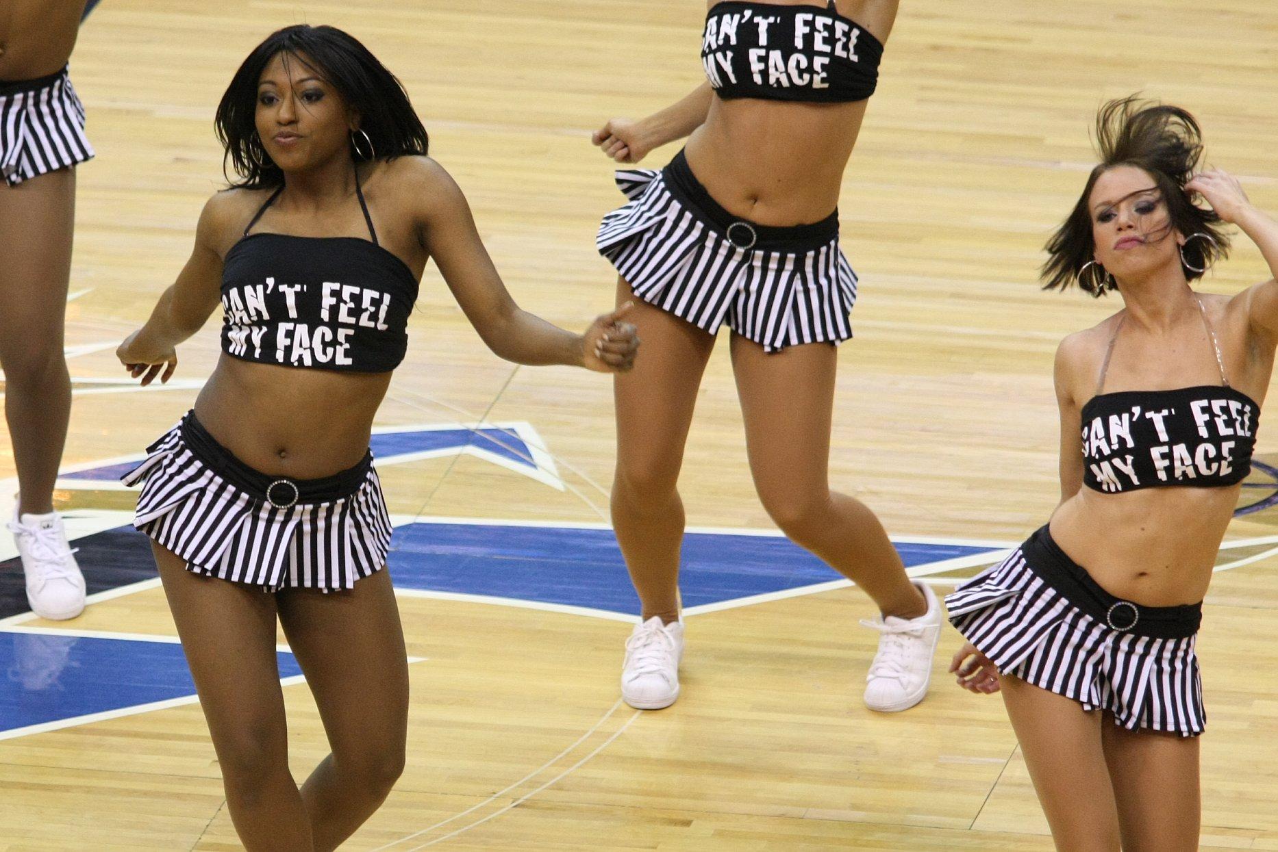 Washington Wizards (AndyDrake) Washington_Wizards_dancers_(2384812842)