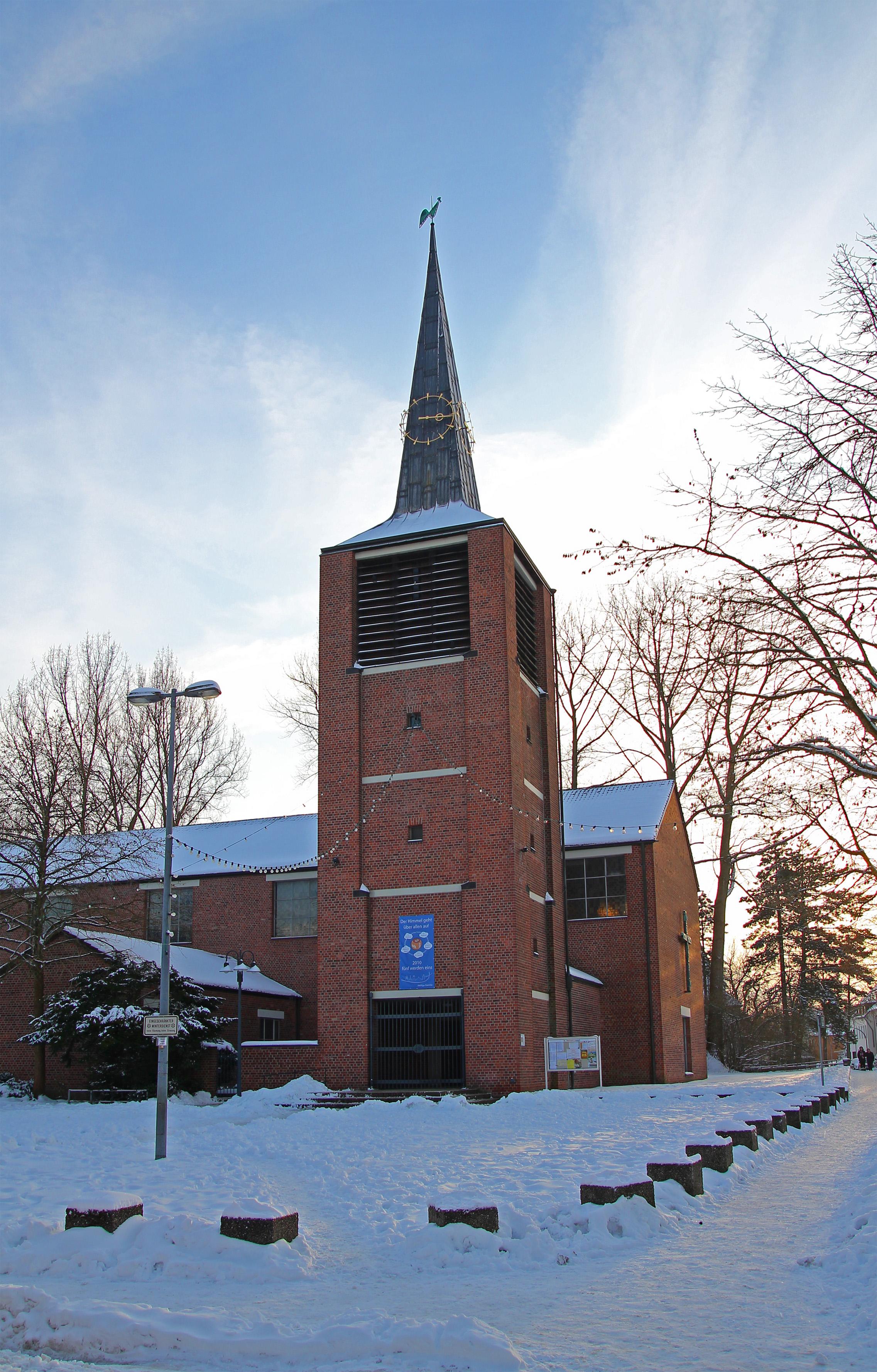 Weihnachten Kirche.Datei Weisse Weihnachten In Duennwald Katholische Kirche Jpg