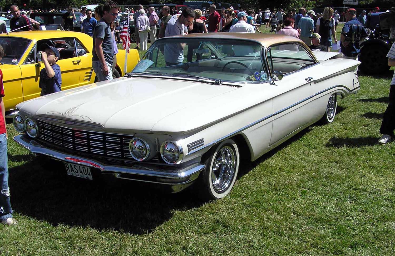 File 1960 Oldsmobile Dynamic 88 Holiday Scenicoupe Arp