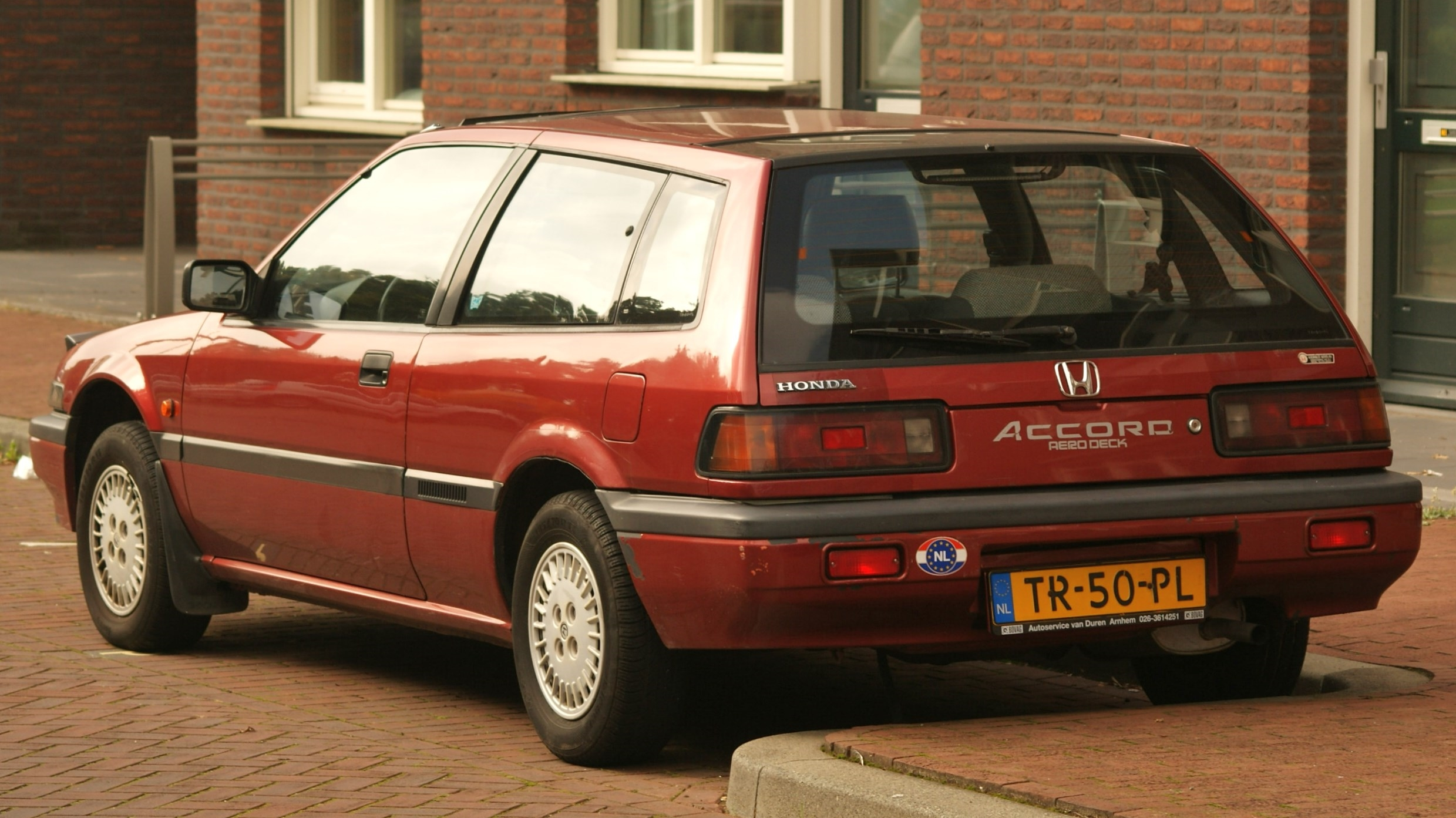 File:1988 Honda Accord Aerodeck 2.0 EX (15243647990).jpg ...