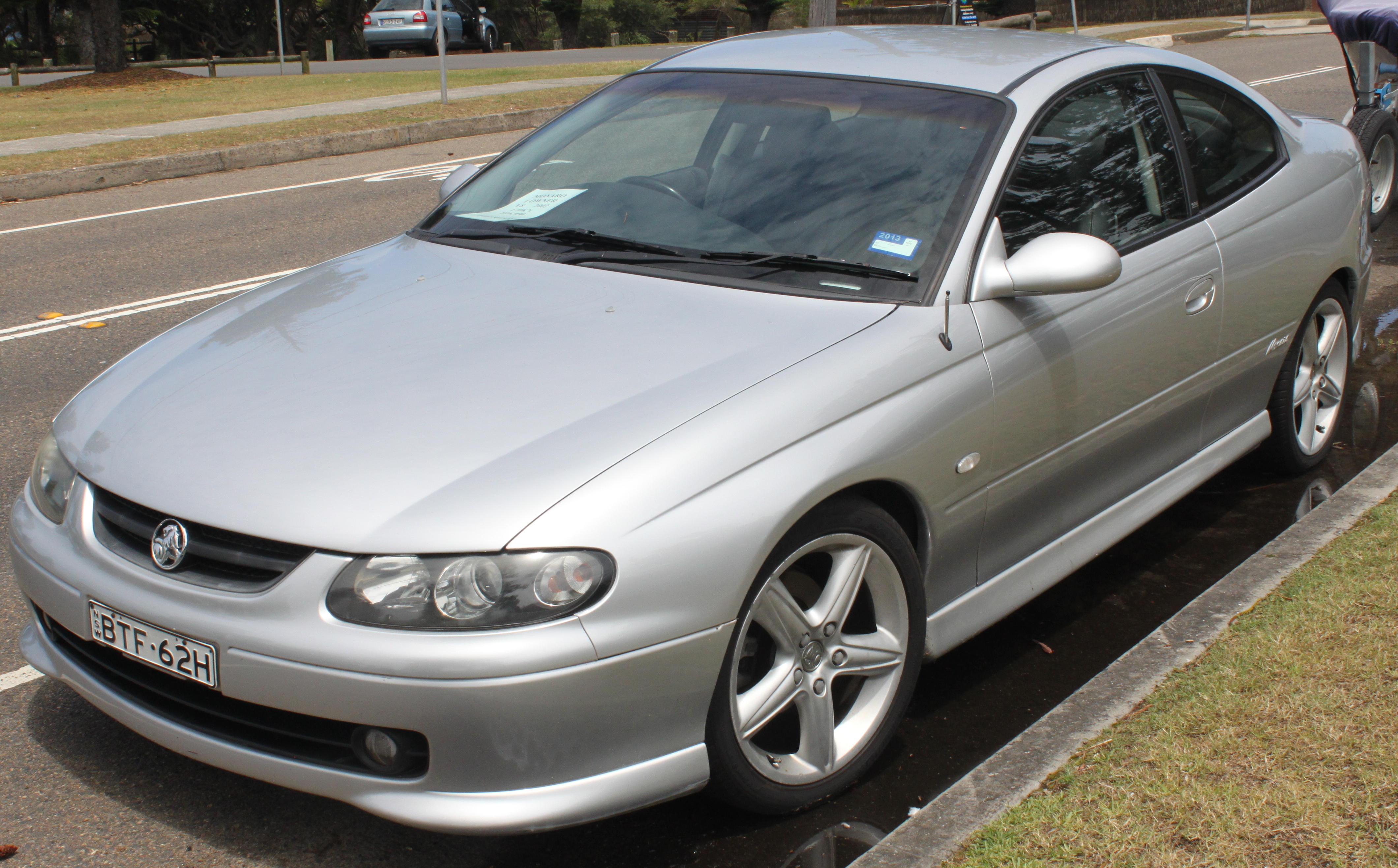 File:2002 Holden Monaro (V2) CV8 coupe (23998883351).jpg - Wikimedia