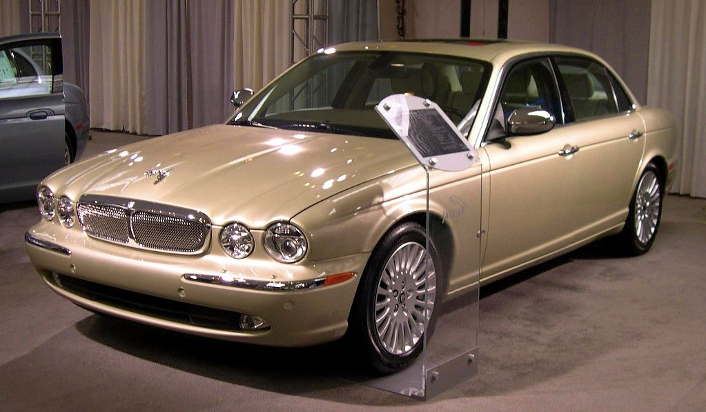 File 2006 Jaguar Xj Jpg Wikimedia Commons