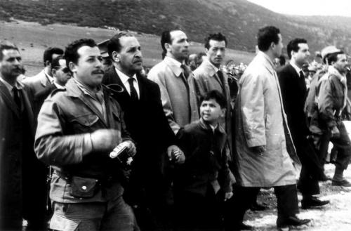 Abbas%2C_Boudiaf%2C_Bitat%2C_Ben_Bella_et_Ait_Ahmed_en_1962.jpg