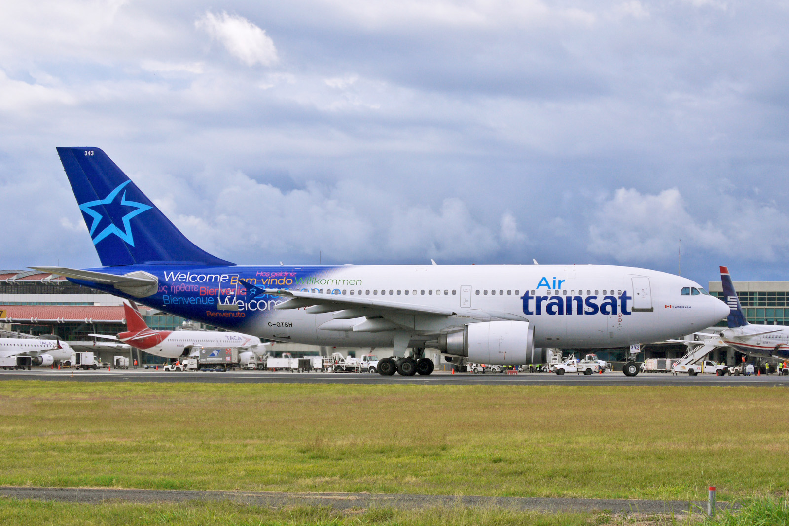 file airbus a310 300 air transat 11183385336 jpg wikimedia commons