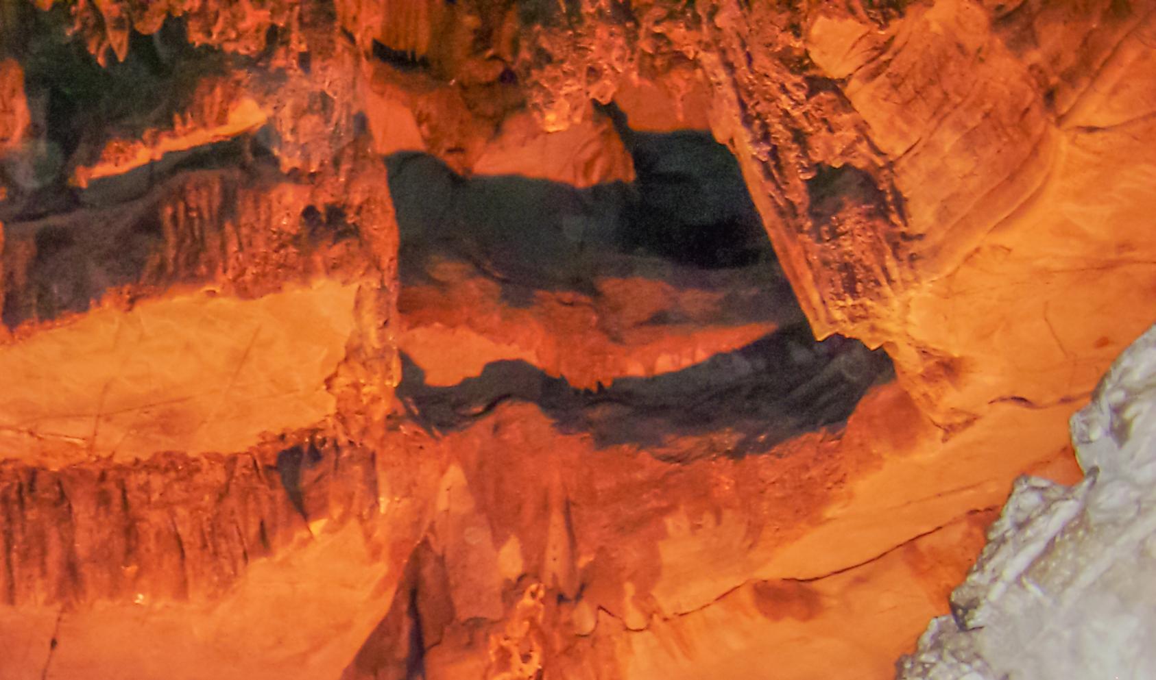File belum caves dr murali mohan gurram 160 jpg for K murali mohan rao wiki