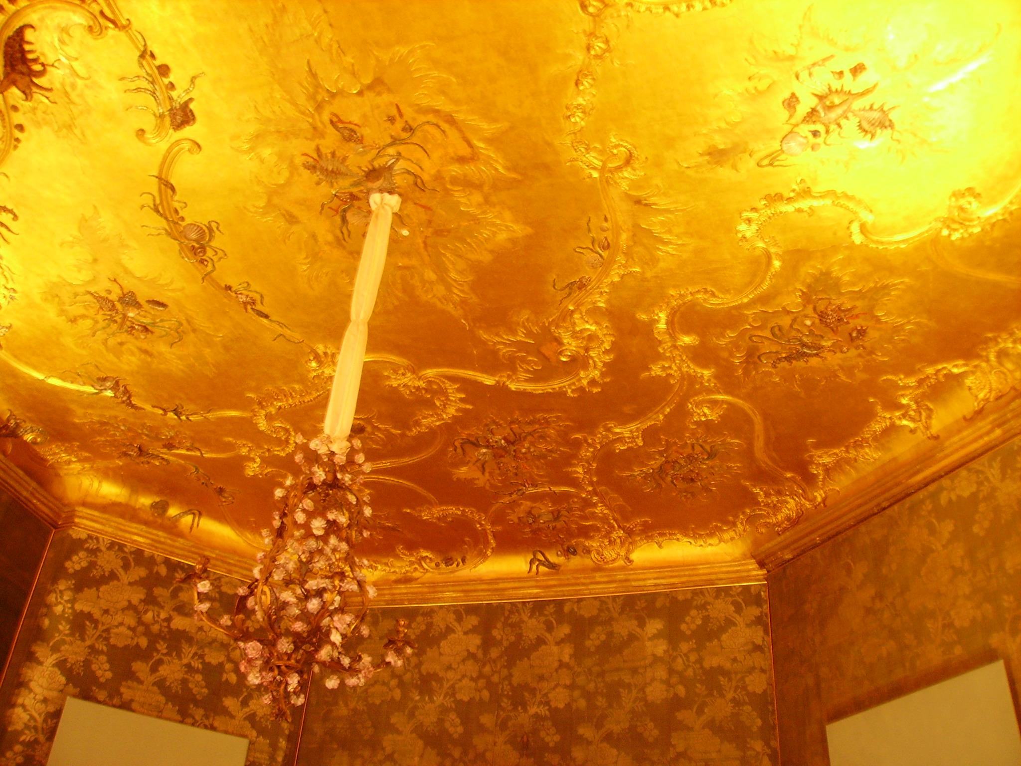 File:Bayreuth Neues Schloss Innen Goldenes Zimmer.JPG - Wikimedia ...
