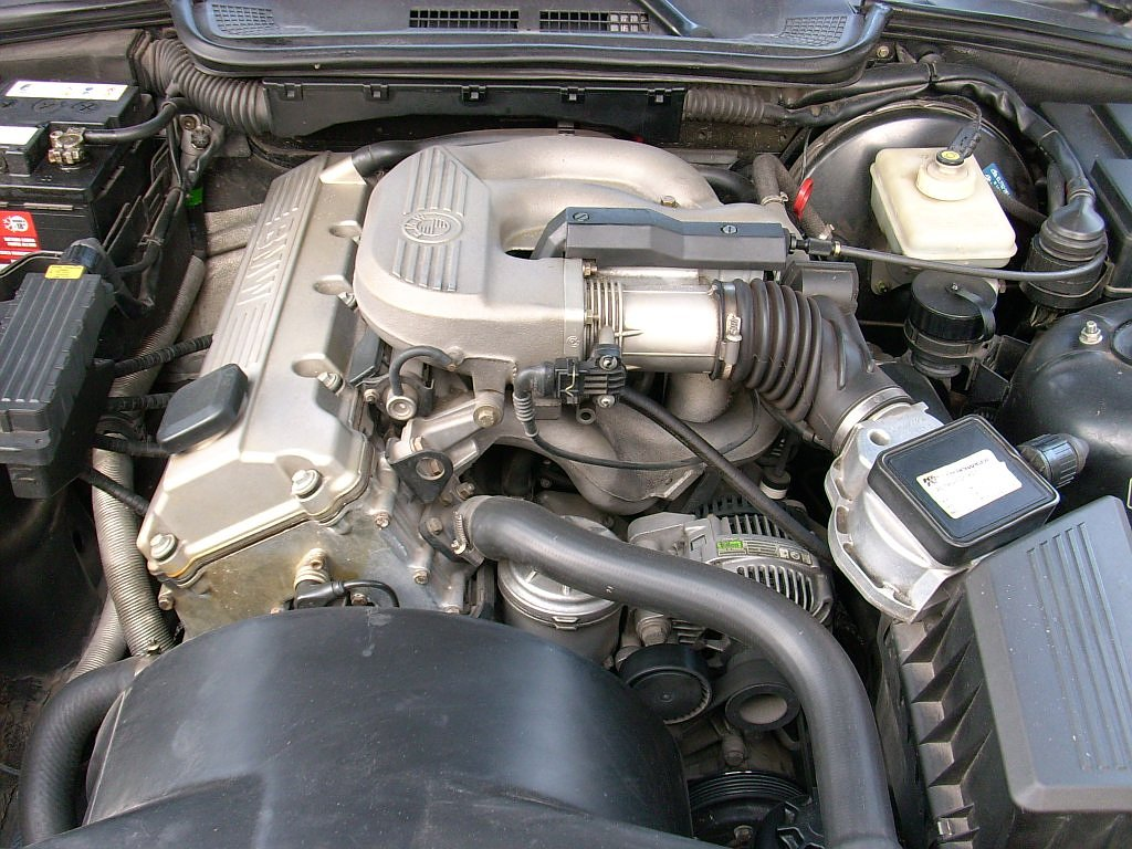 file bmw 316 e36 engine bay-4 jpg