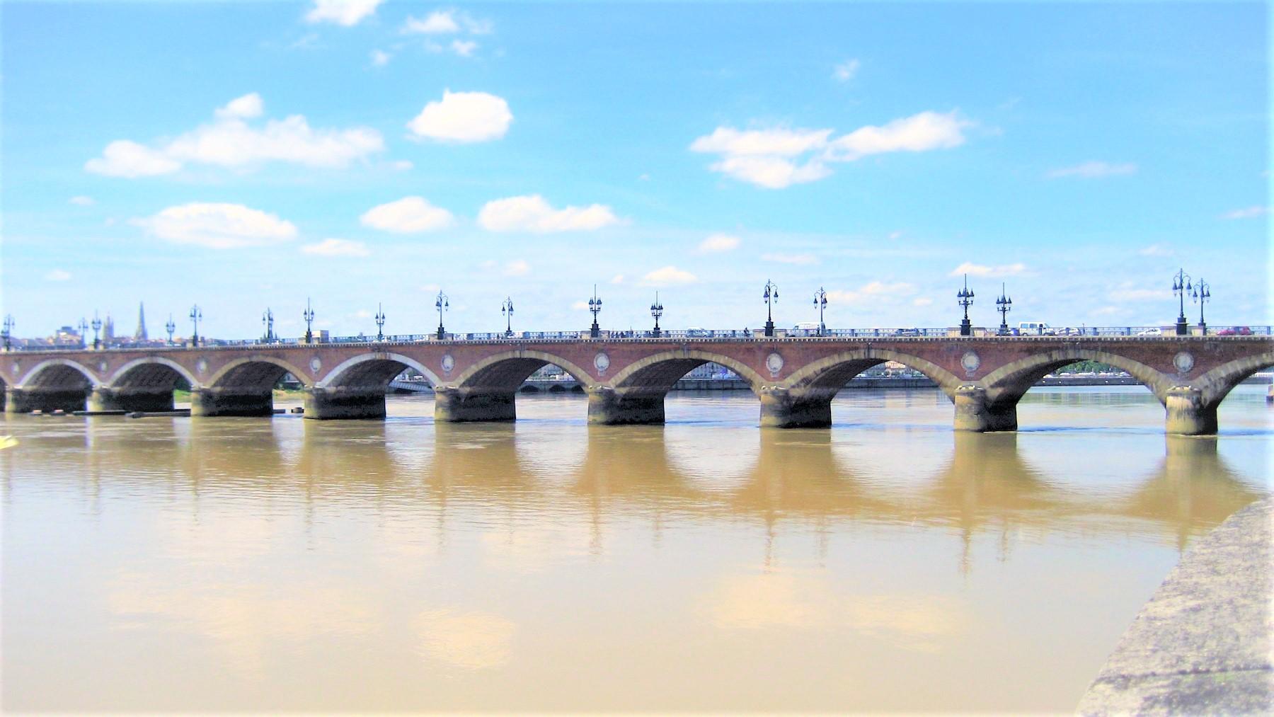 Fichier bordeaux le pont de pierre sur la wikip dia - Les ponts de bordeaux ...