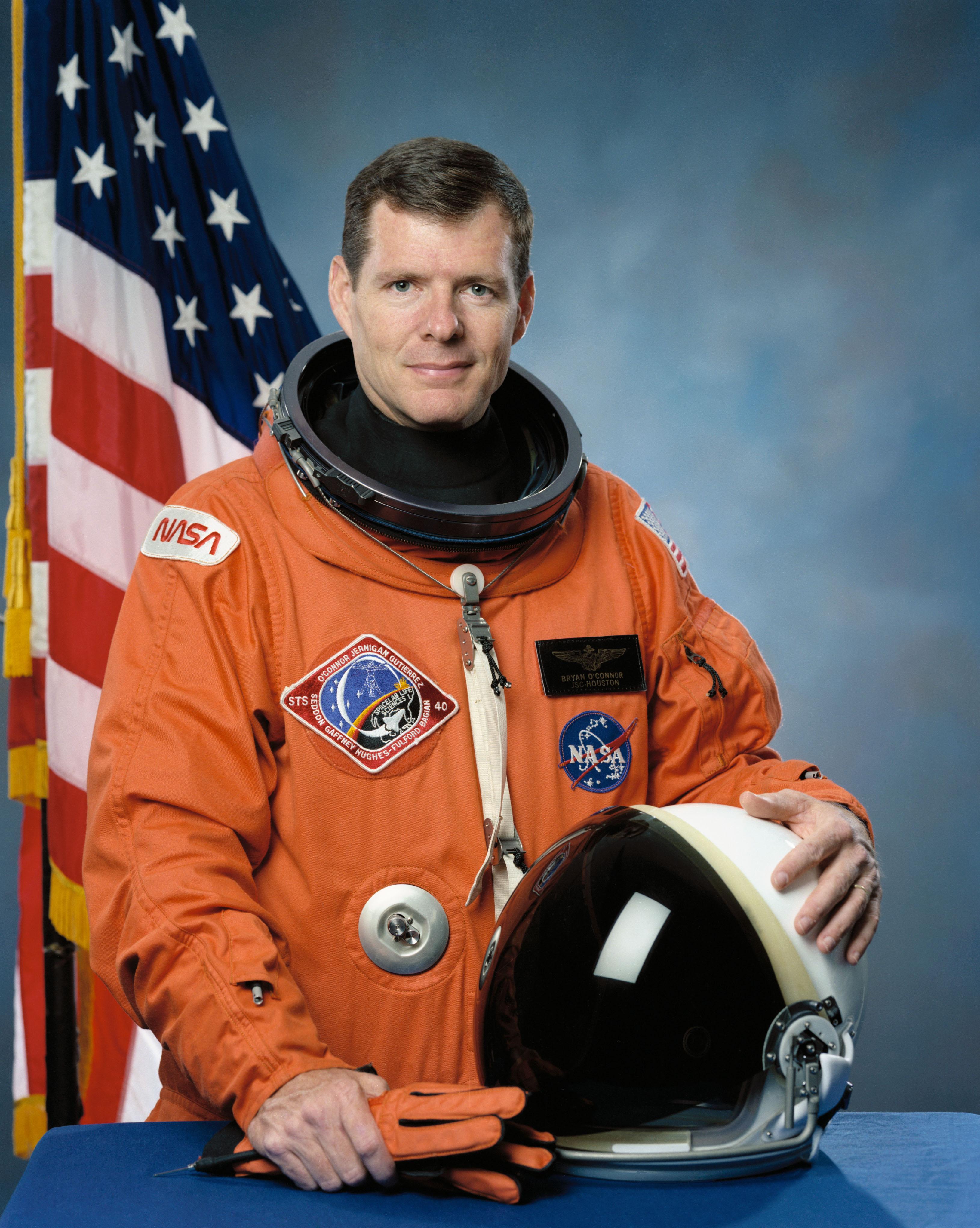 Bryan D. O'Connor - Wikipedia