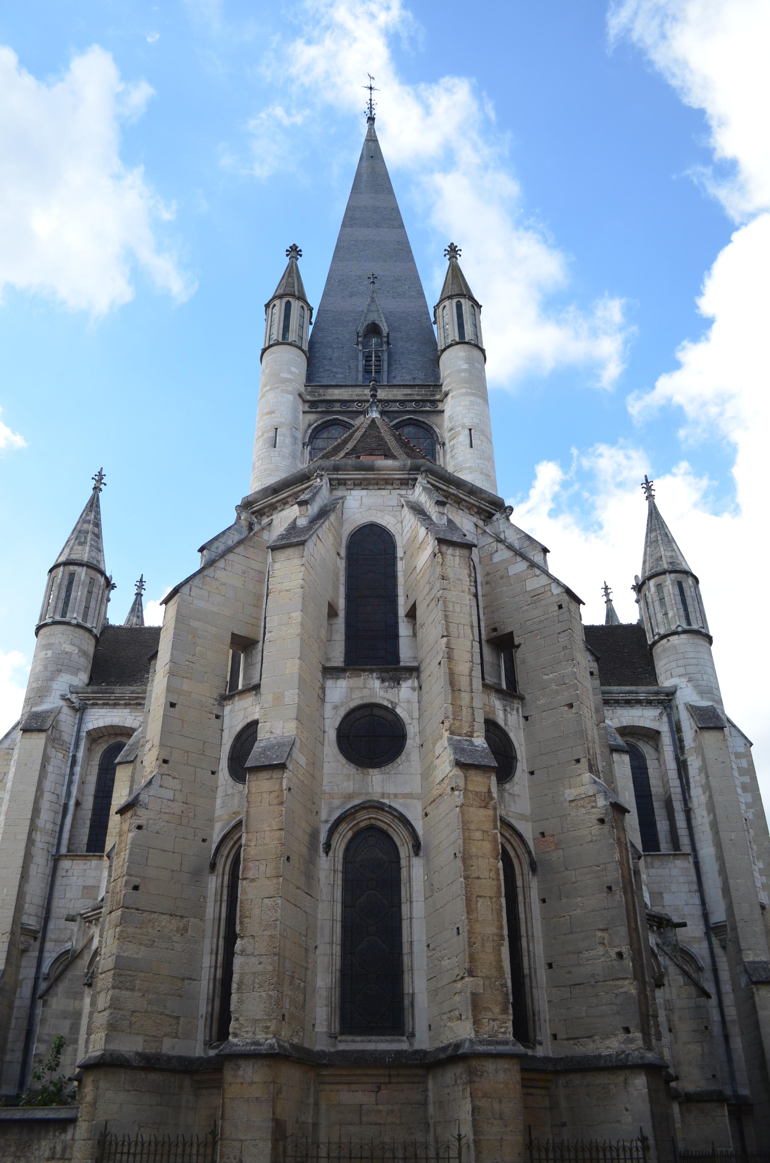 File chevet de l 39 glise notre dame de dijon jpg for Dijon architecture