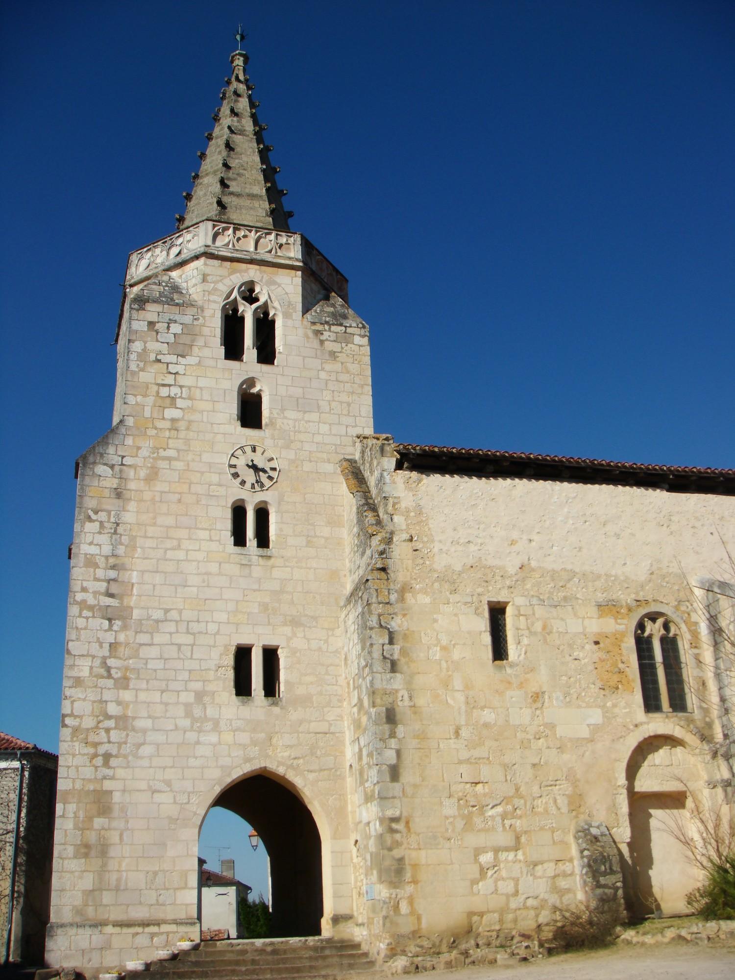 Narbonne Version 3 1: File:Clocher De L'église De Brassempouy.jpg