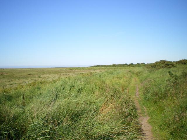 Coastal Path north of Stiffkey - geograph.org.uk - 1389248