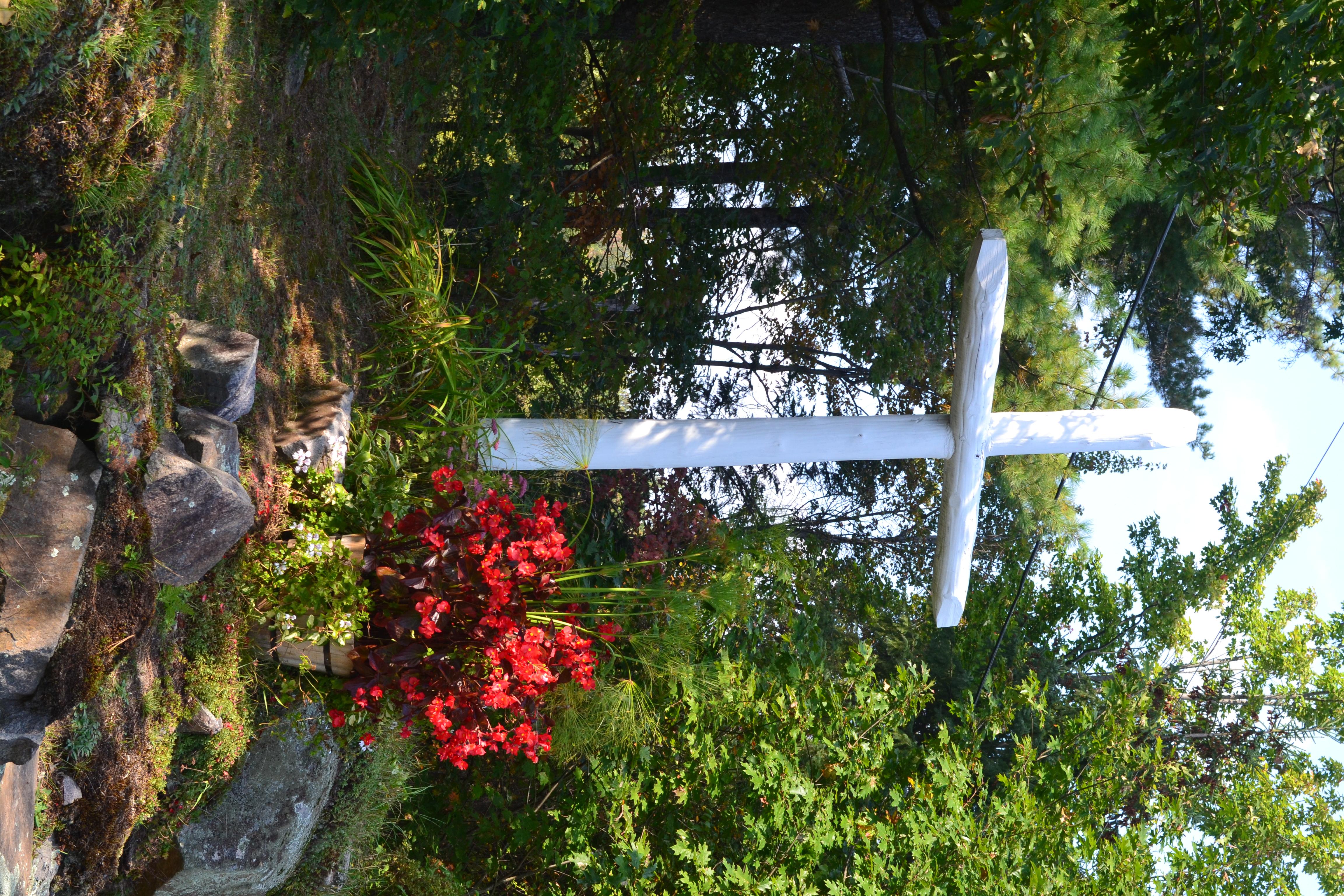 File croix de chemin sur la c te saint charles for Piscine saint charles