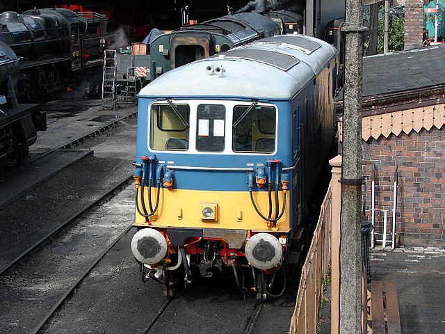File:Electro-diesel locomotive at Bridgnorth - geograph.org.uk ...