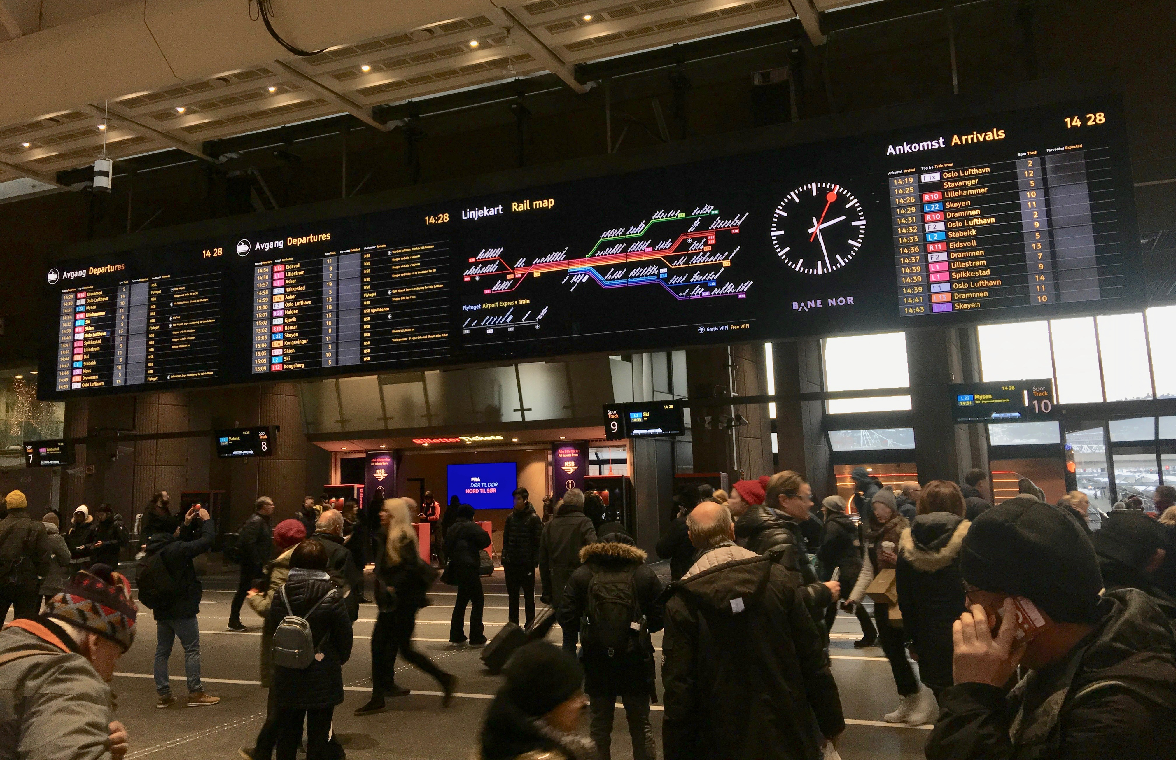 File Electronic Board Rail Map And Time Table With Arrivals