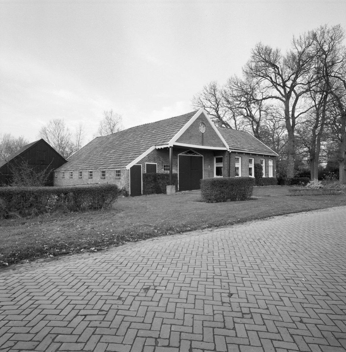 Boerderij Met Woonhuis Dat Oorspronkelijk Als Zuivelfabriek Werd Gebouwd In Anderen Drenthe Monument Rijksmonumenten Nl