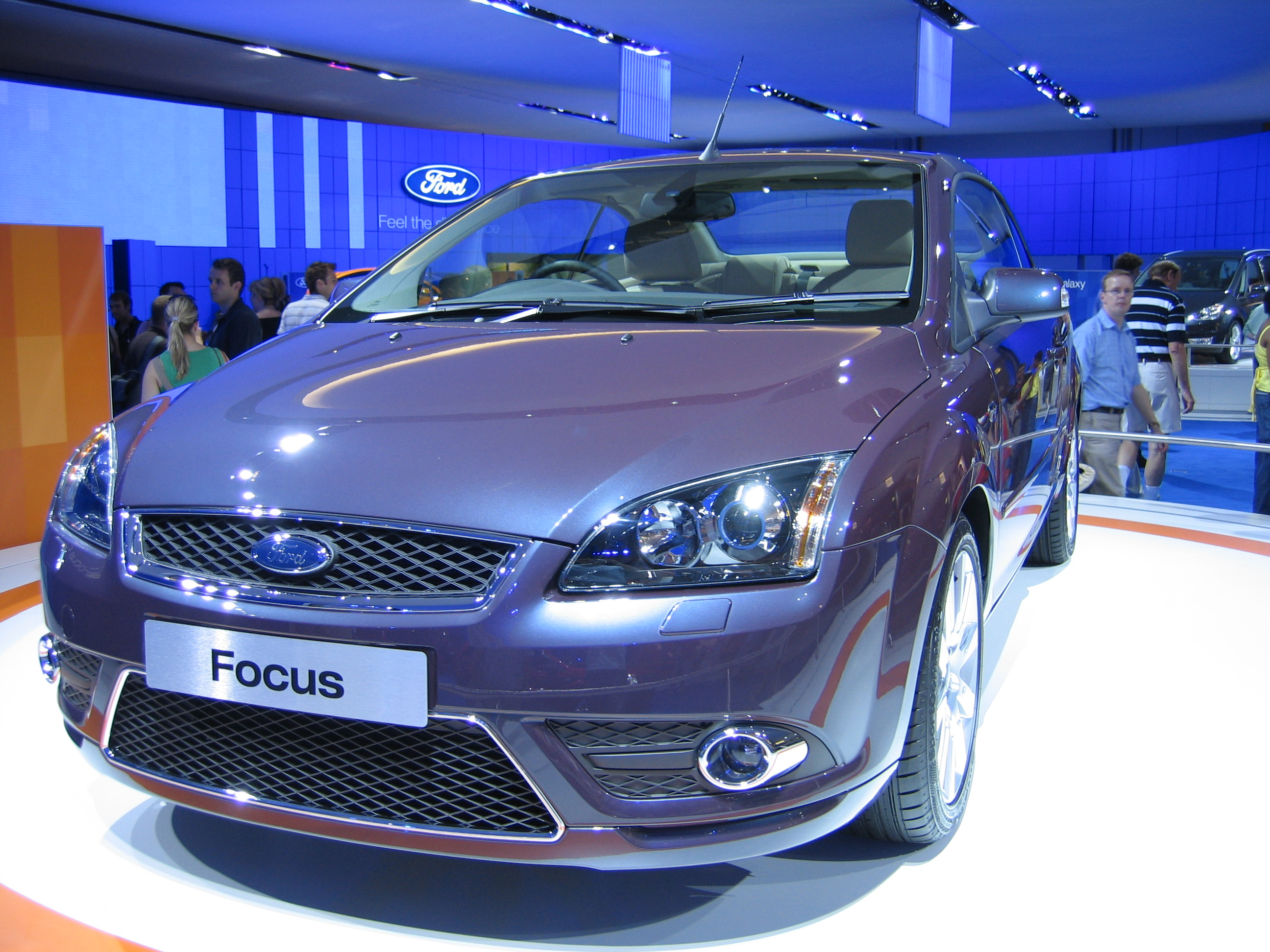 ford focus coupe cabriolet used cars. Black Bedroom Furniture Sets. Home Design Ideas