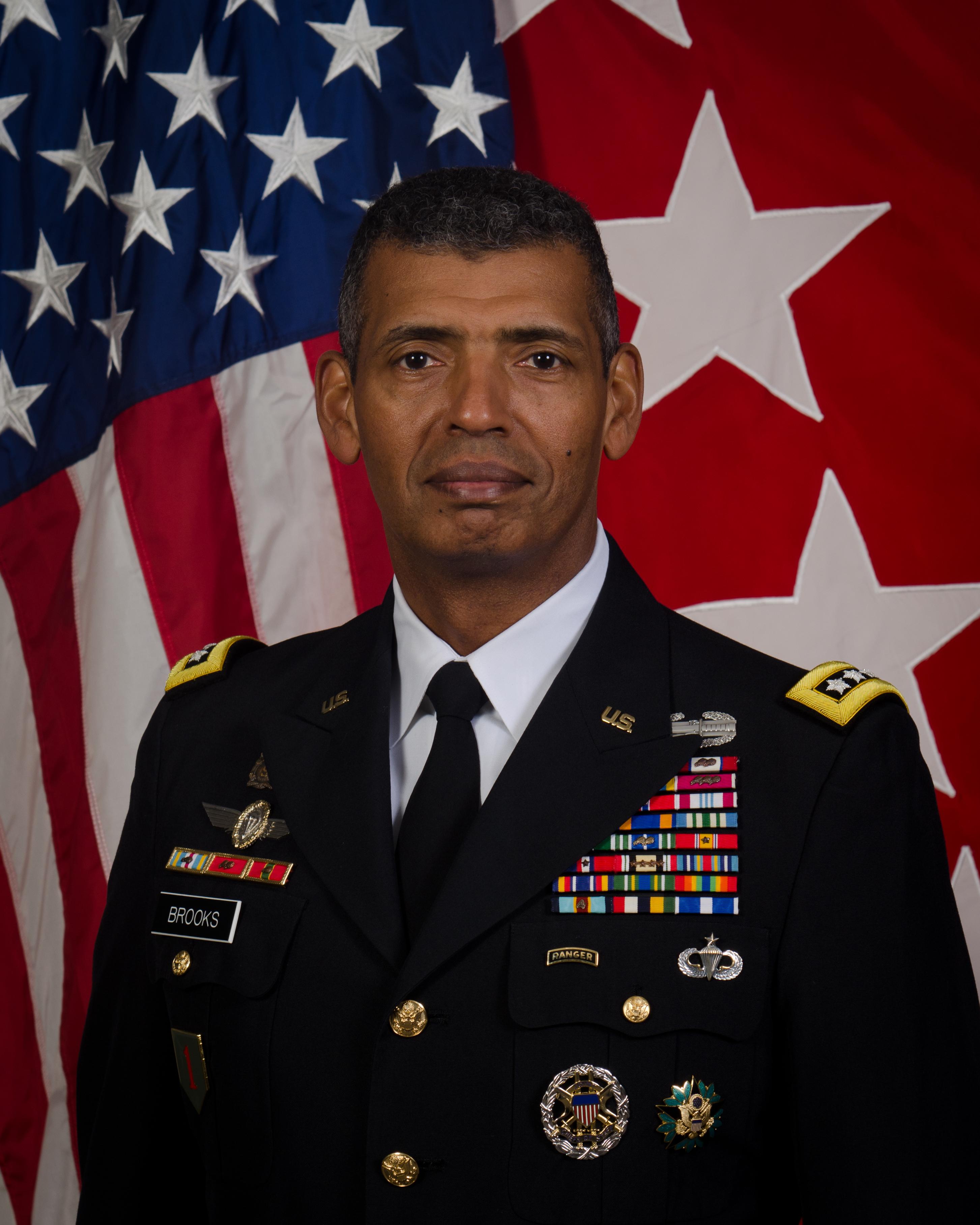 General Vincent K. Brooks in ASUs.jpg