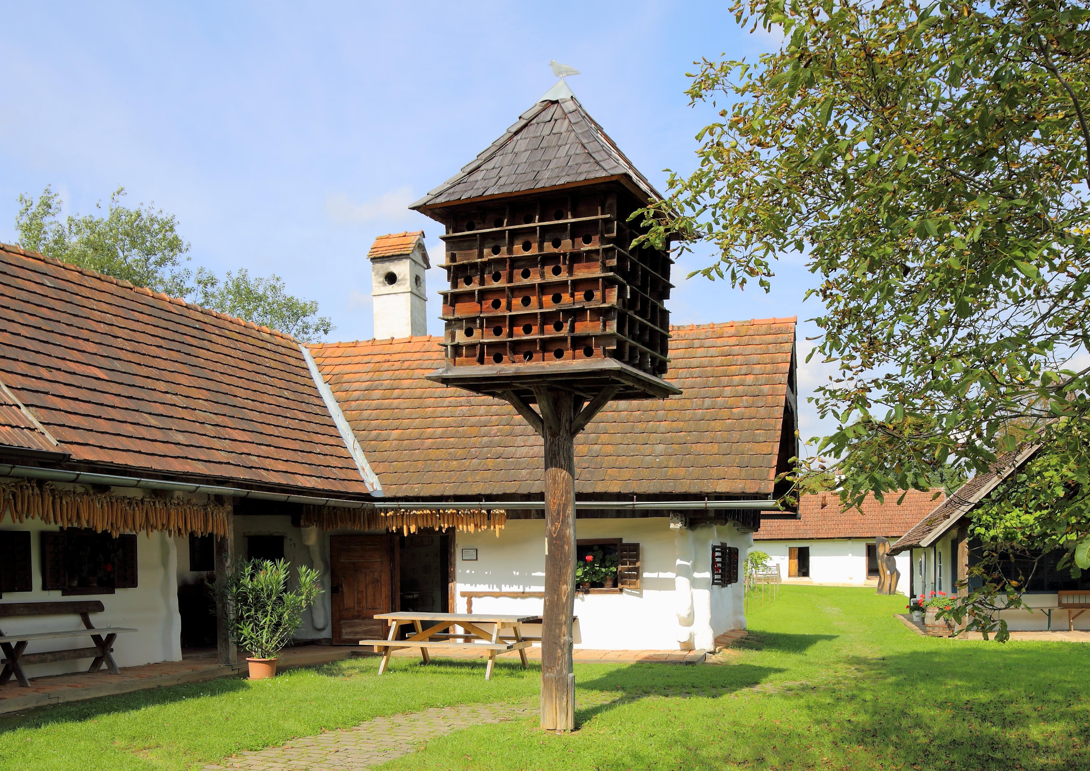 Gerersdorf_ _Freilichtmuseum%2C_Taubenschlag