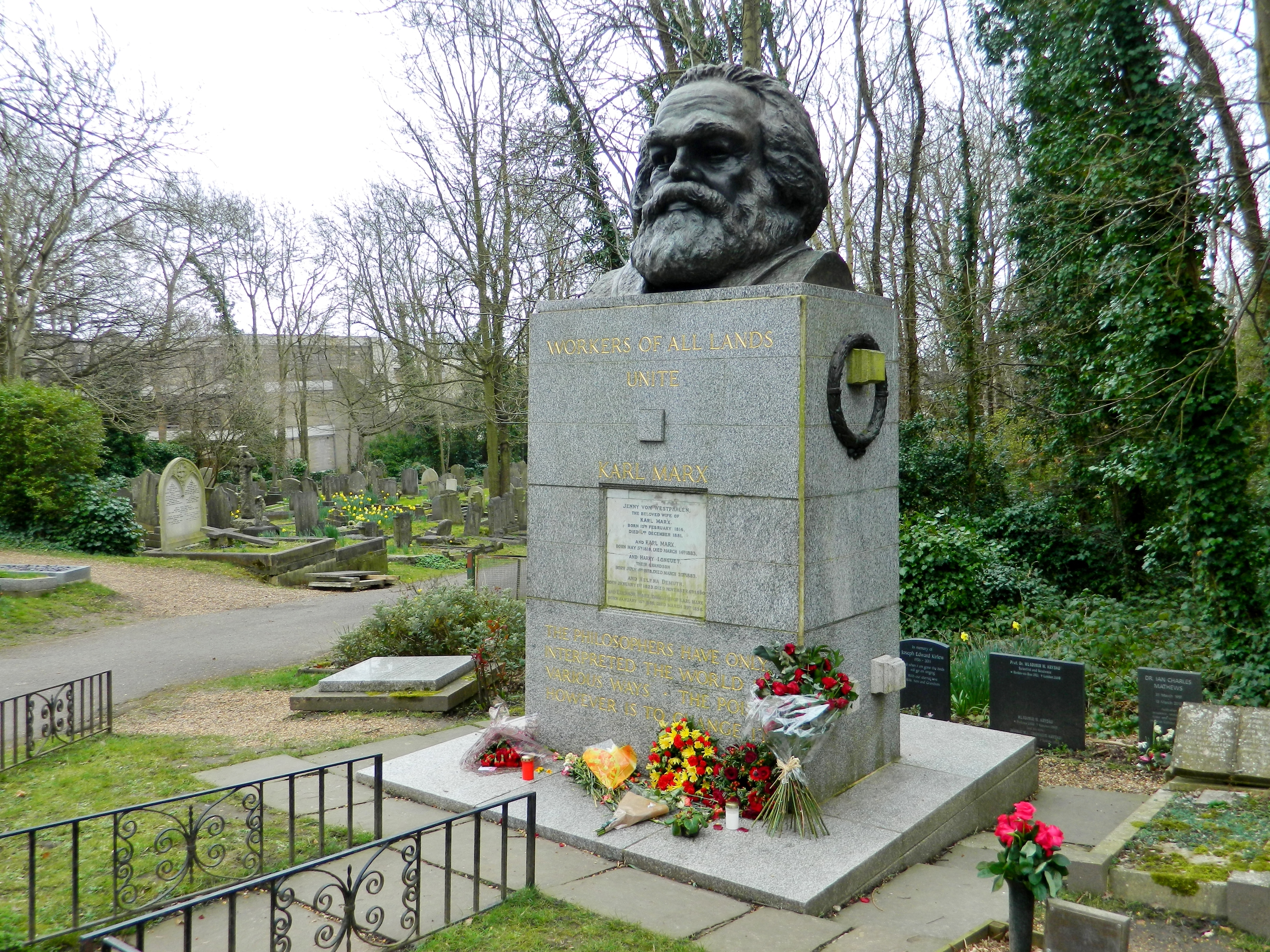 Image result for karl marx tomb highgate