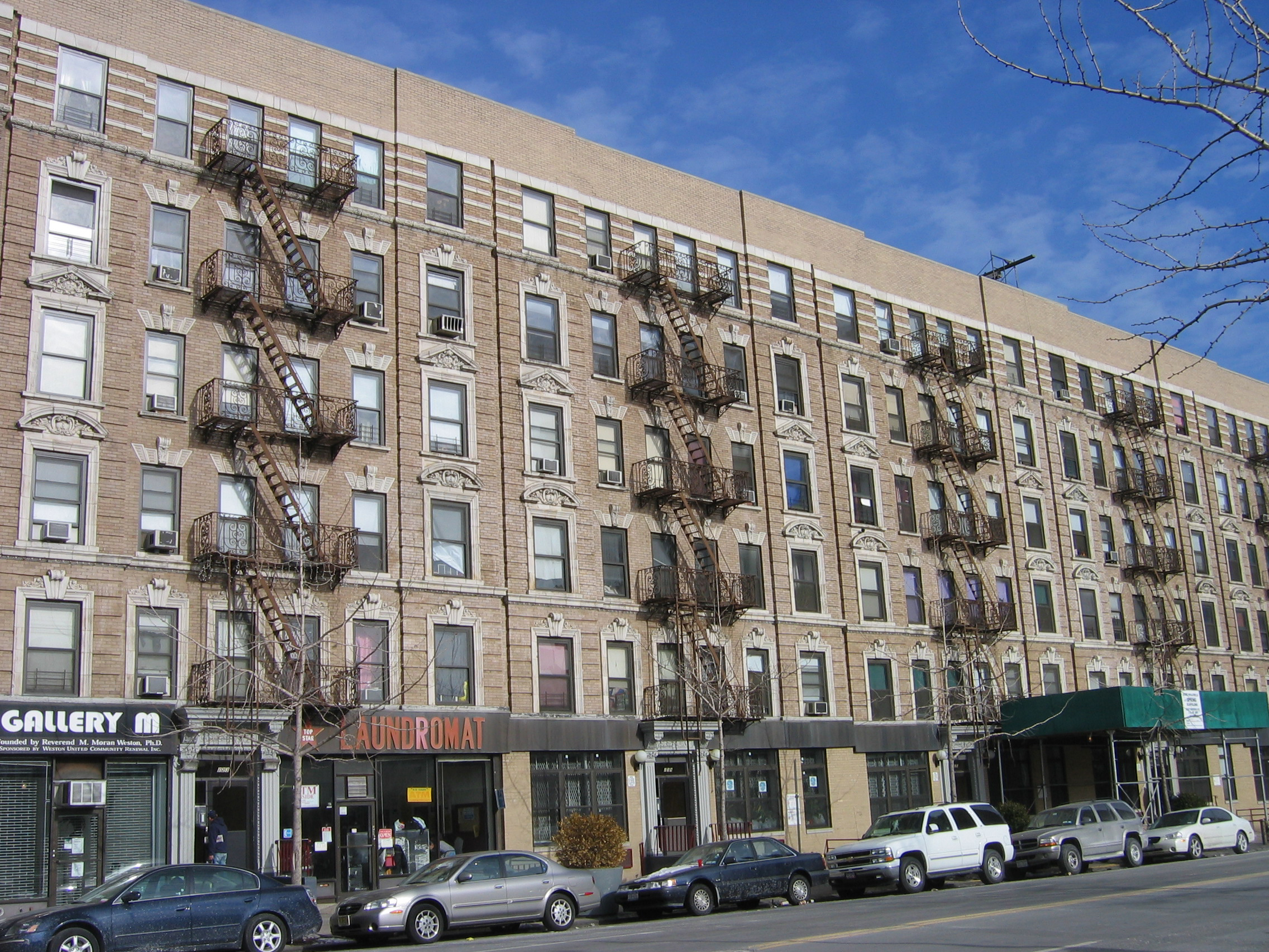 File Harlem 135 Street Buildings Jpg Wikipedia