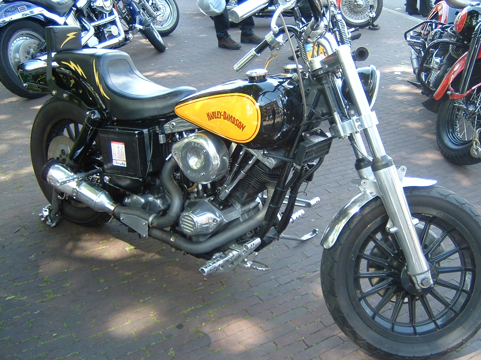 1945 HarleyDavidson Motorcycle Photos and Specs